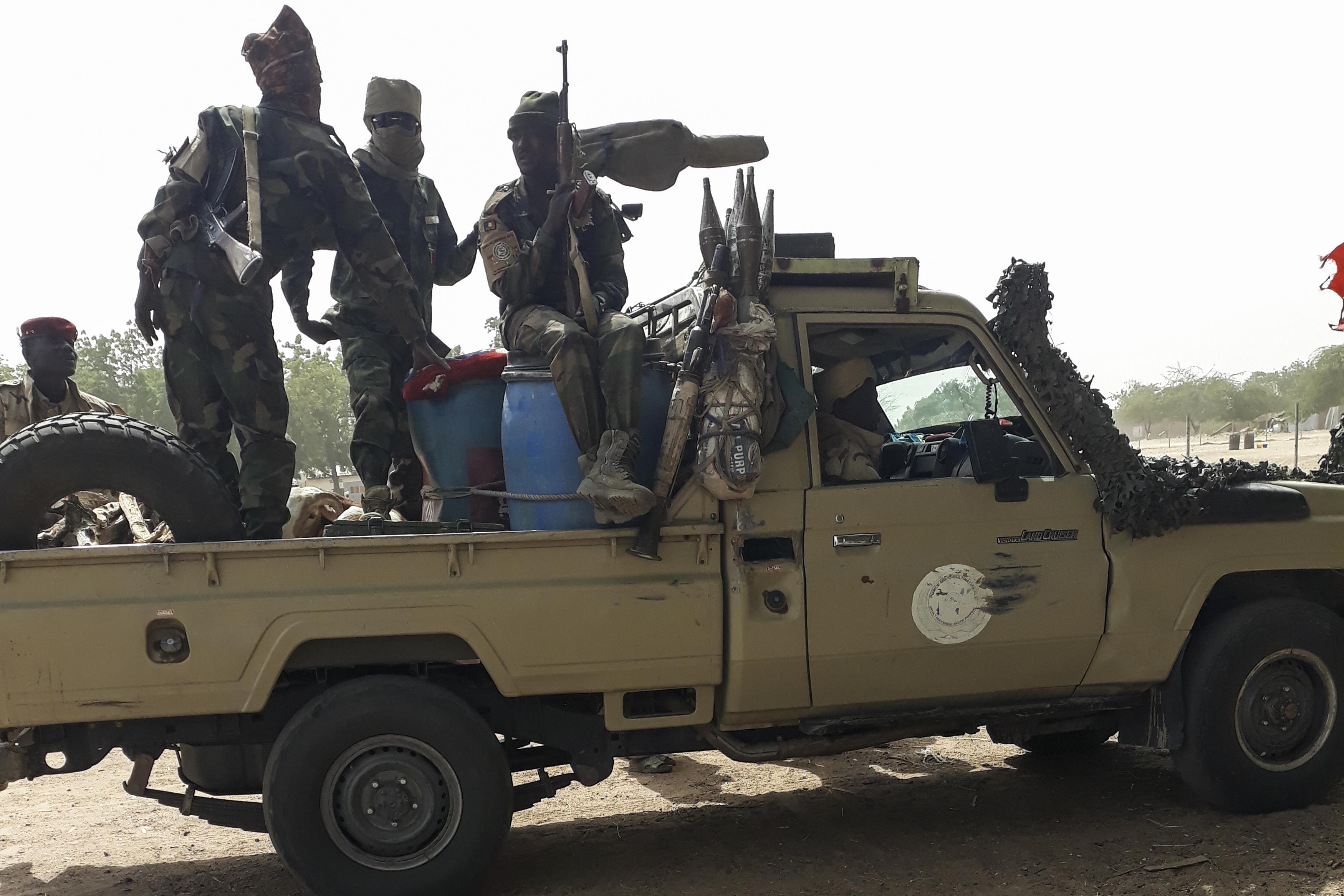 Több mint száz csádi és nigériai katonát ölt meg a Boko Haram