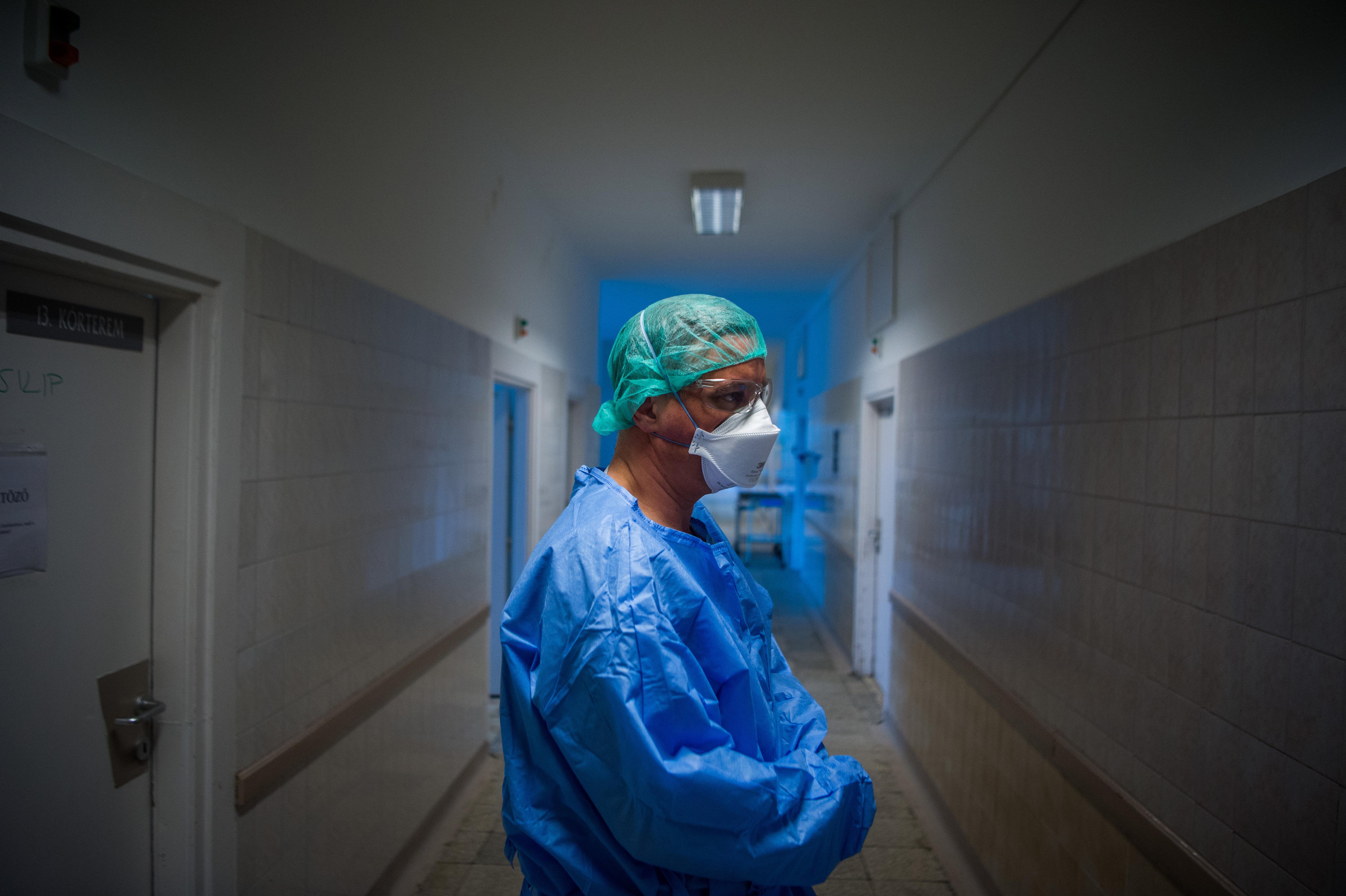 Orvosi Kamara: Önkizsákmányolásra épülő rendszer felszámolását teszi lehetővé a mostani bérrendezés
