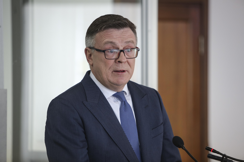 Gyilkosság gyanújával őrizetbe vették a volt ukrán külügyminisztert