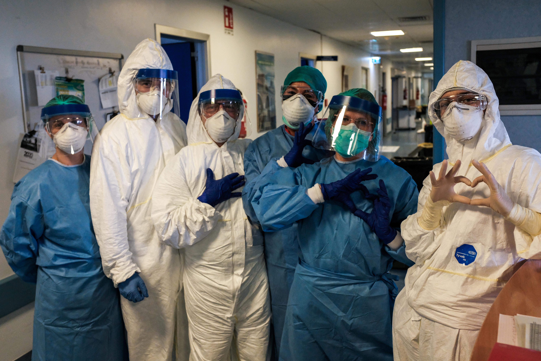 RTL: Több egészségügyi dolgozót is kényszerszabadságra küldtek a kórházak