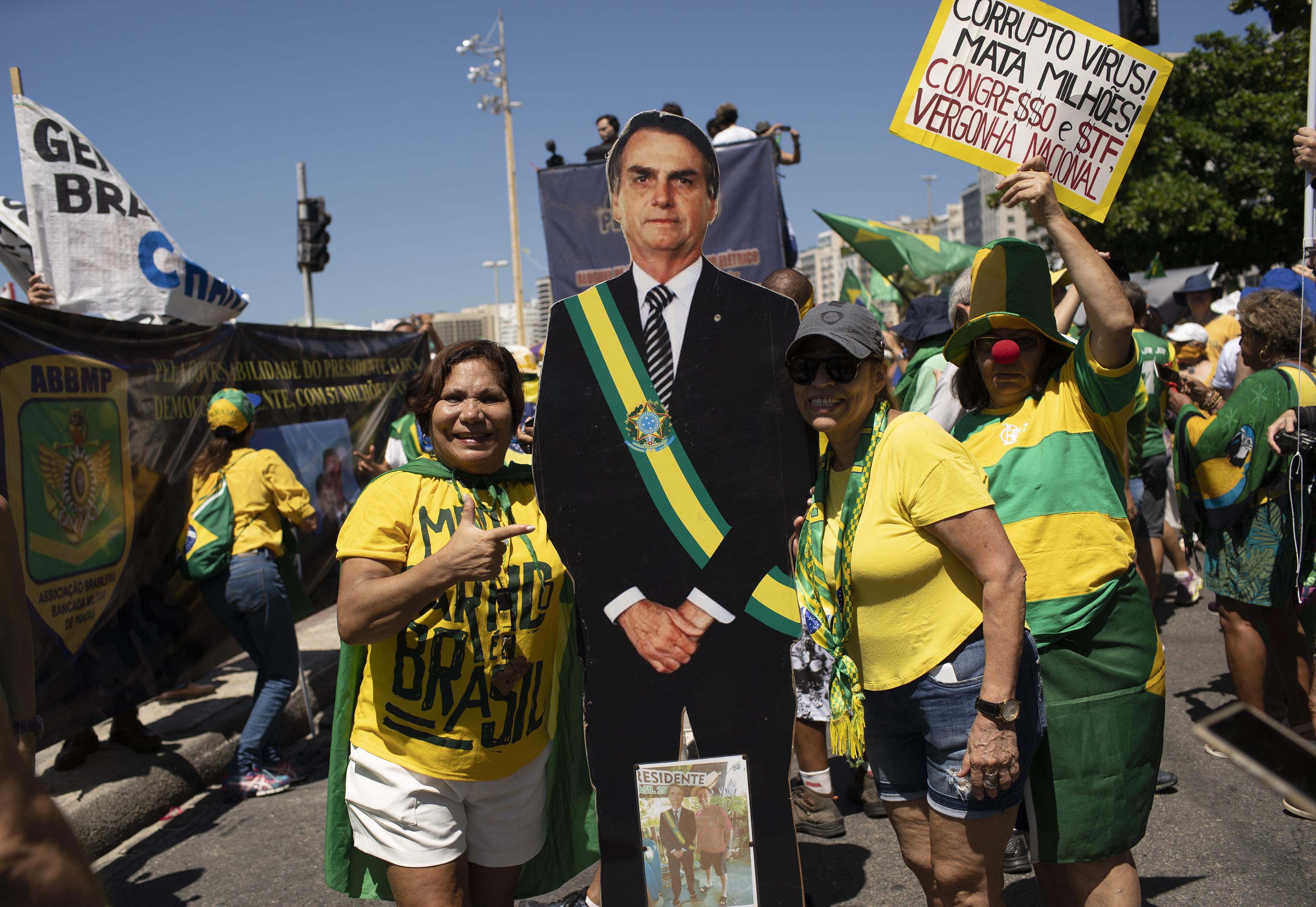 Brazília elnöke a járvány egyik legnagyobb szégyene