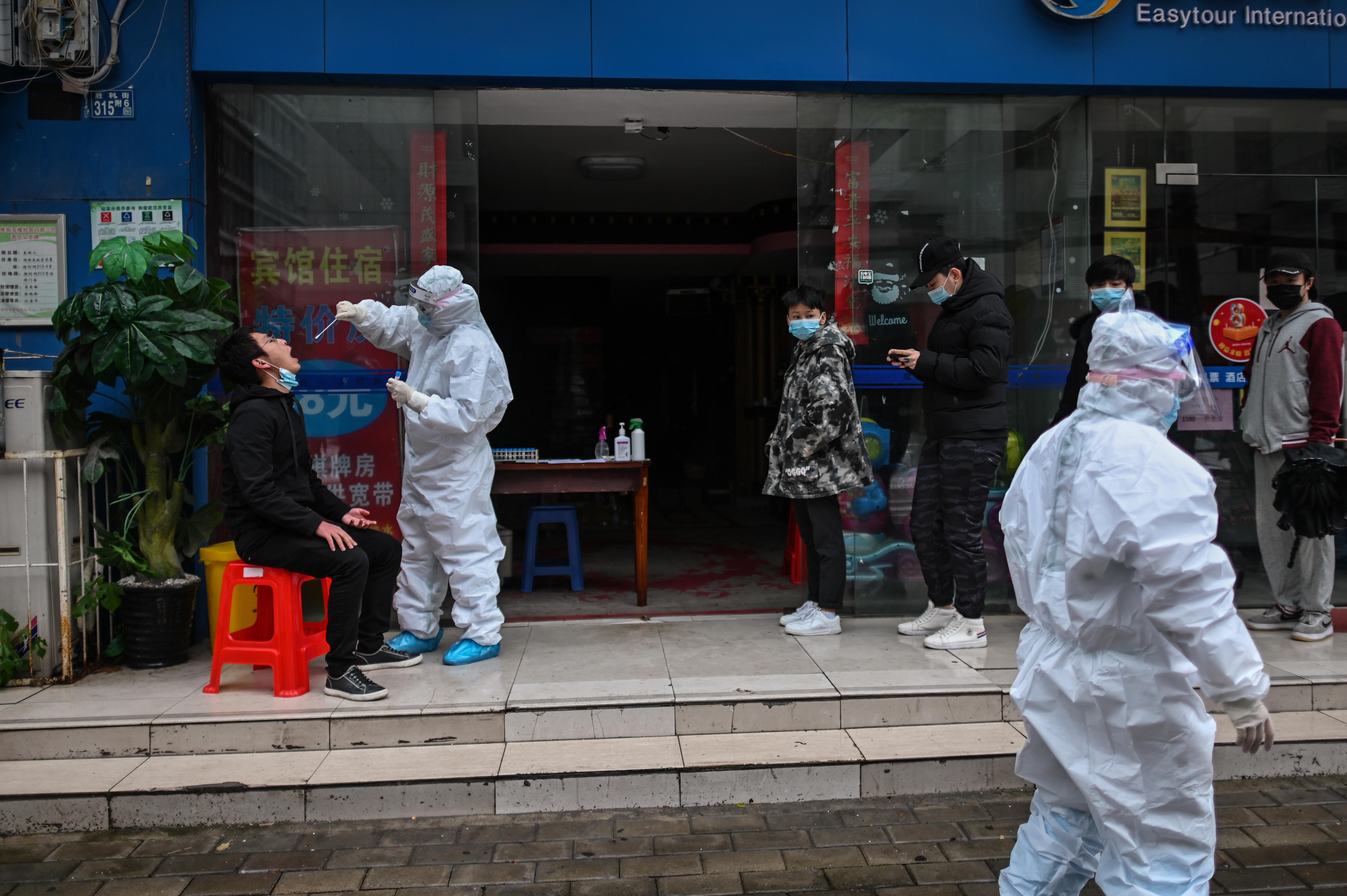 Kína leküzdötte a vírust, és már az utat mutatja a világnak? Vigyázzunk ezzel a sztorival