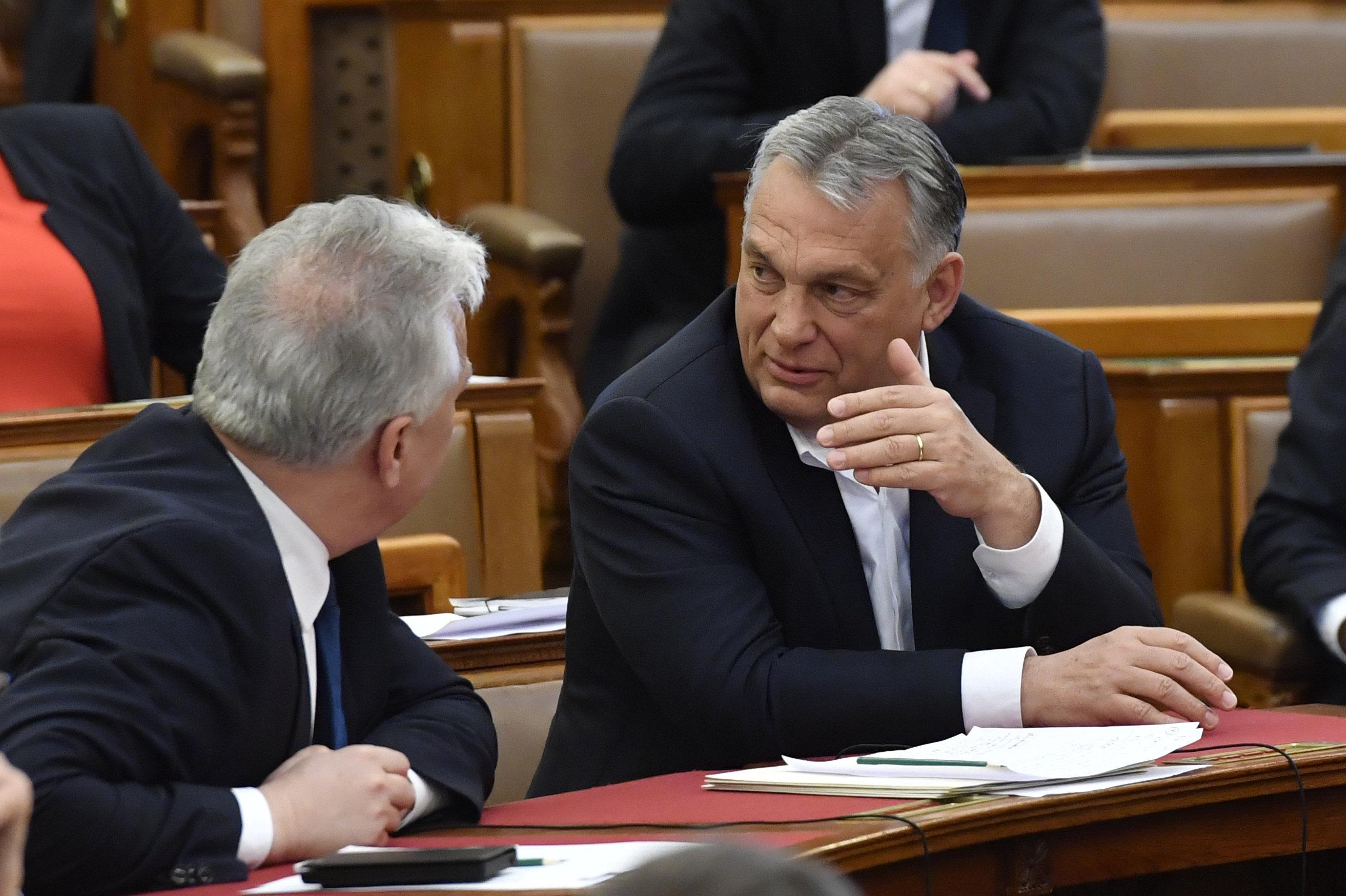 Benyújtotta a kormány a hitelmoratórium meghosszabbításáról szóló javaslatot
