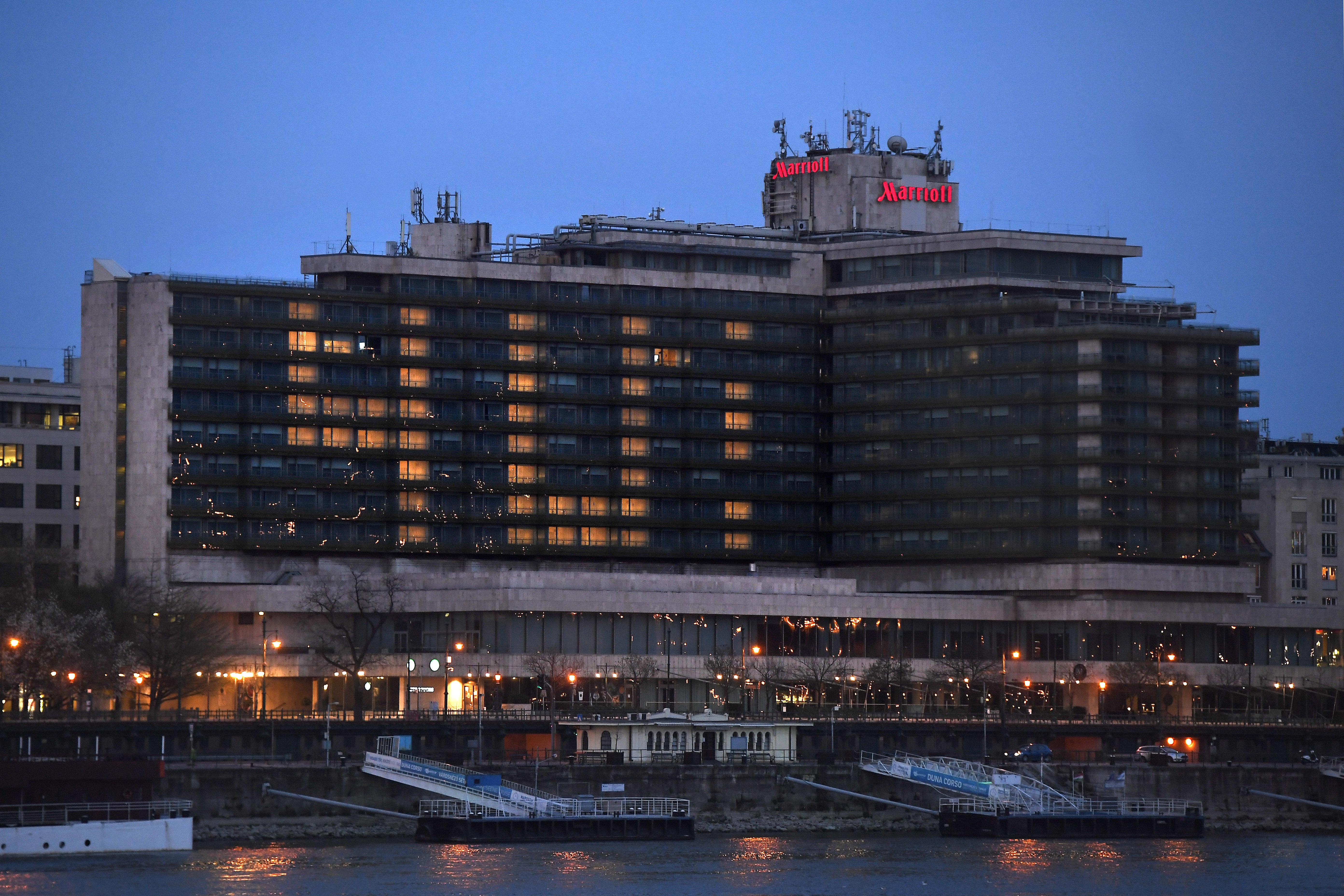 Sokkal nagyobbat buktak a budapesti szállodák a járvány miatt, mint a vidékiek