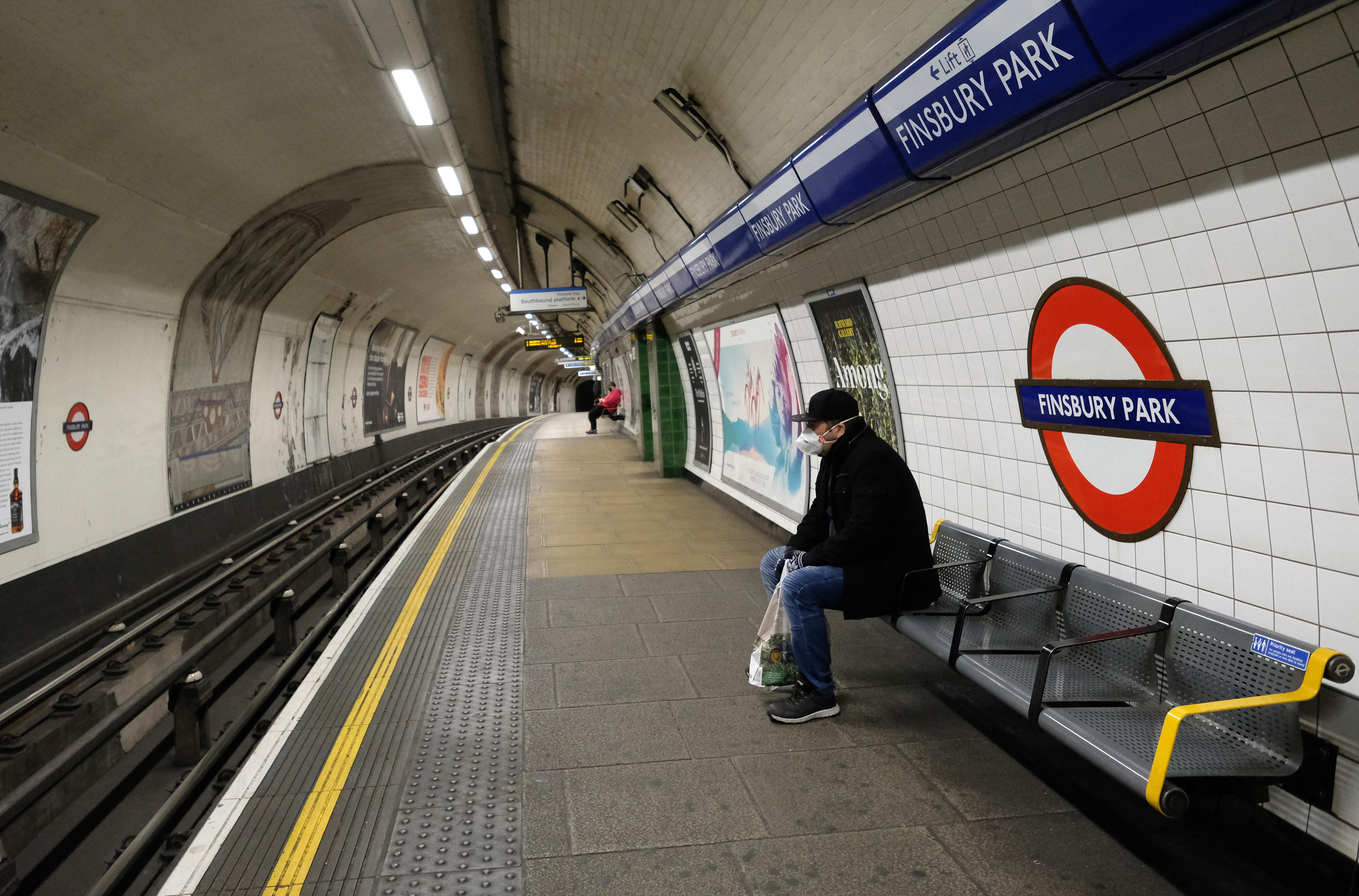 Egy 13 éves koronavírus-fertőzött halt meg Londonban
