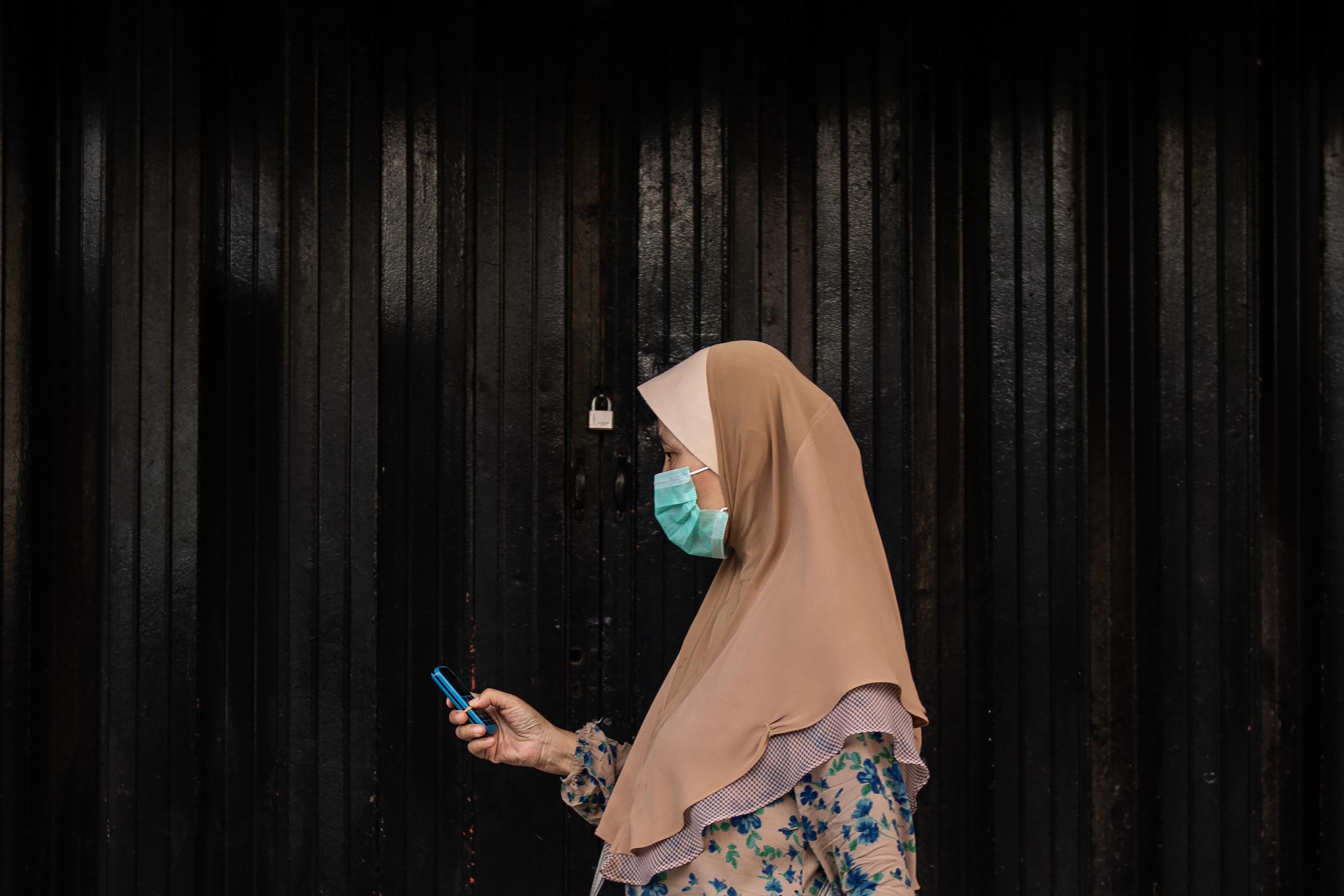 Elnézést kért a maláj kormány, amiért azt tanácsolta a nőknek, hogy ne zsémbelődjenek férjükkel a karanténban