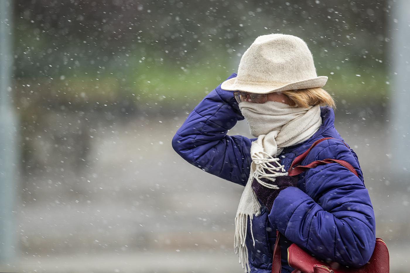 Télies arcát mutatja a tél