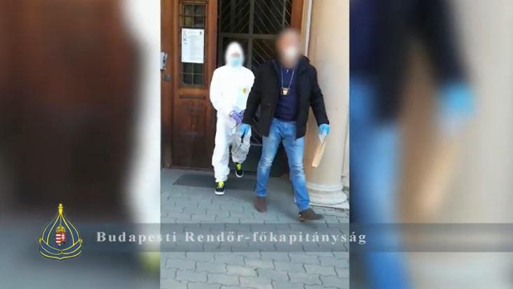 Elfogtak egy csalót, aki a fiktív koncertjegyekről a fiktív maszkokra és fertőtlenítőkre állt át