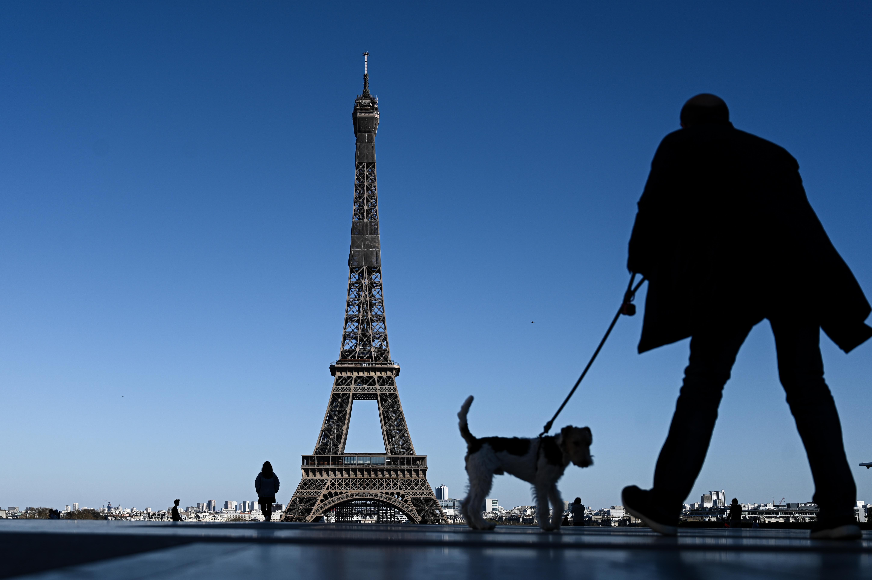Portugáliában jön a rendkívüli állapot vége, Franciaország bejelentette az újraindítási tervét