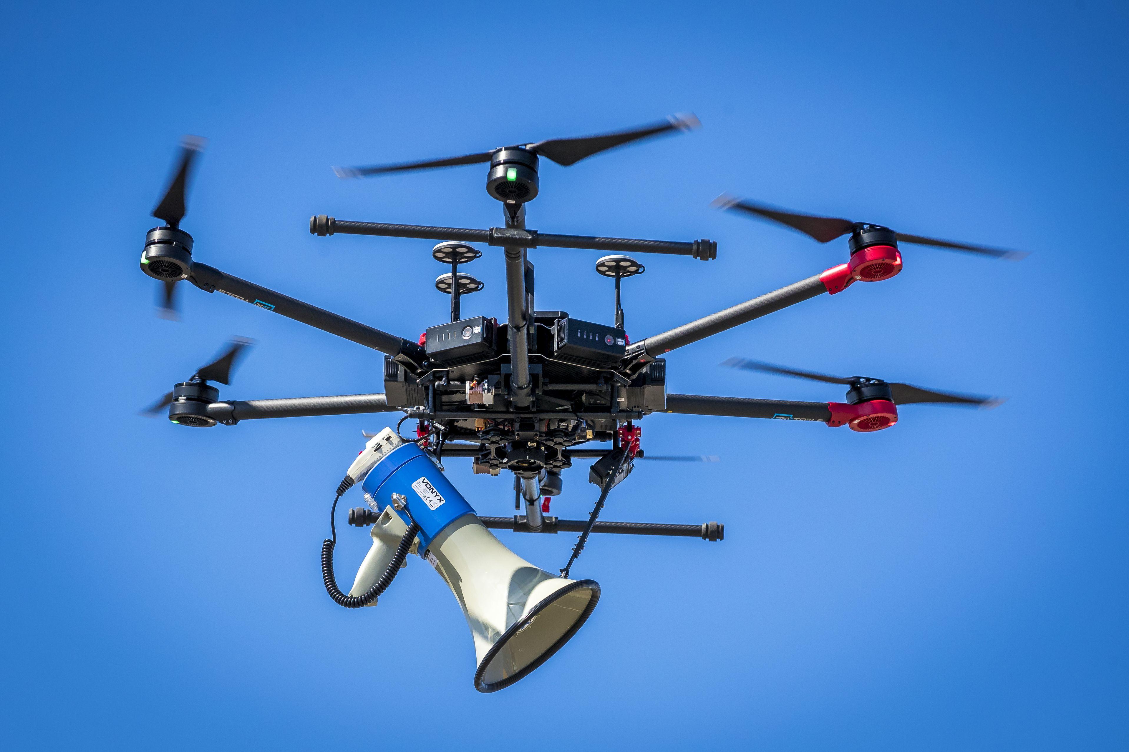 Hogyan verjük át a drónt?