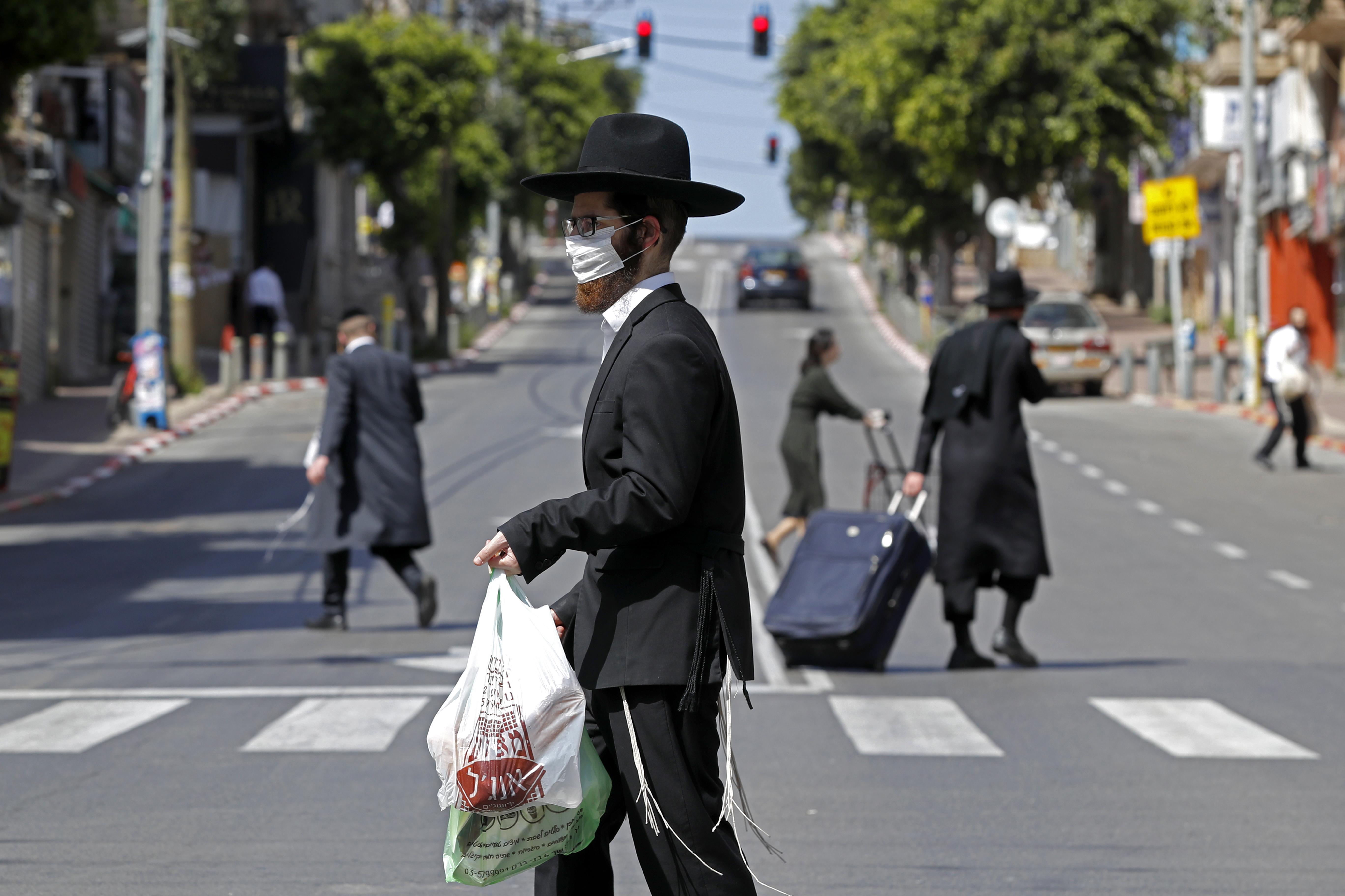 Izraelben harmadszor is leáll minden