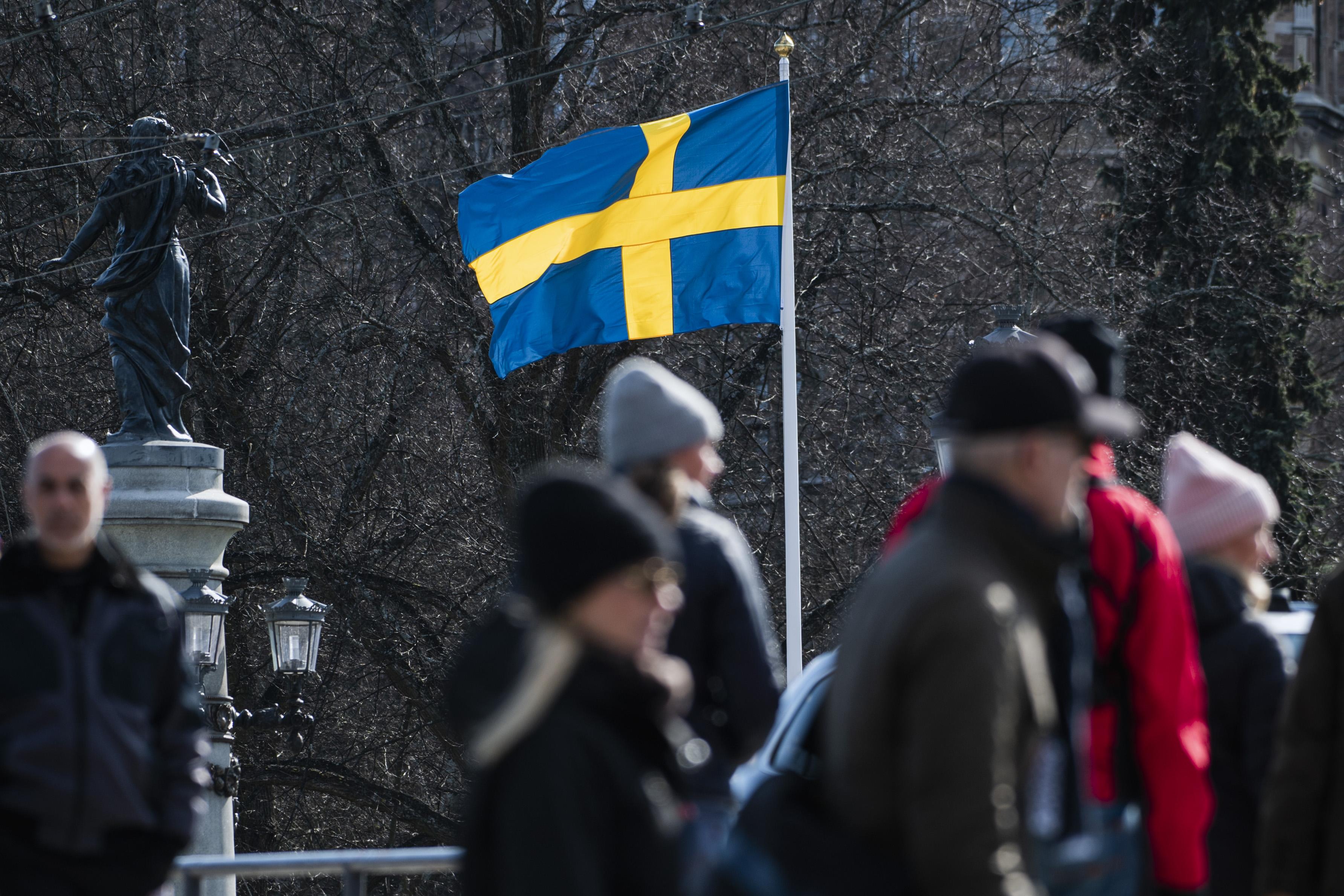 """A svéd járványügy főnöke elismerte, hogy """"túl sokan"""" haltak meg a járványban a laza védekezés miatt"""