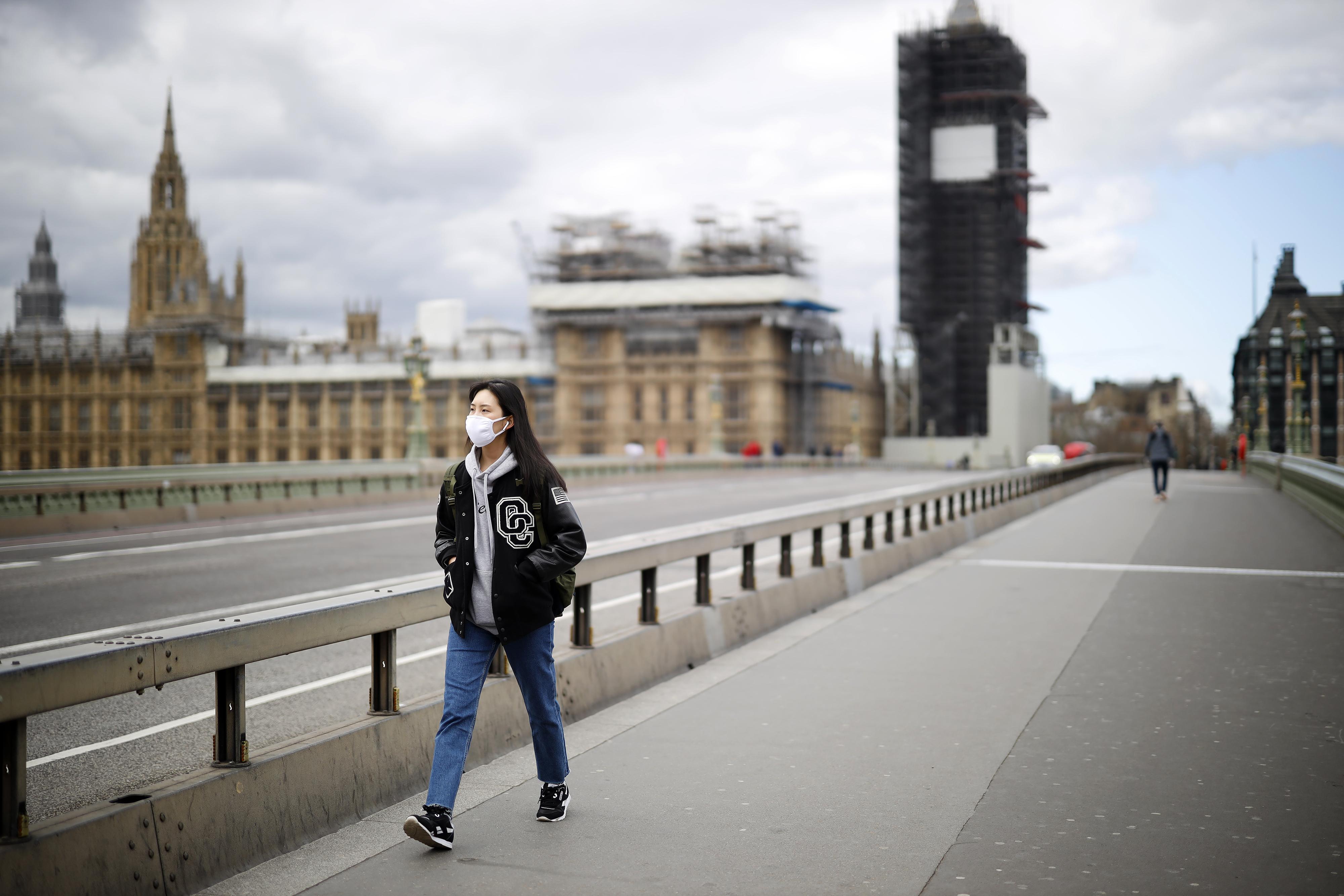 A brit egészségügyi miniszter szerint sikerült az ellenőrzésük alá vonni a járványt