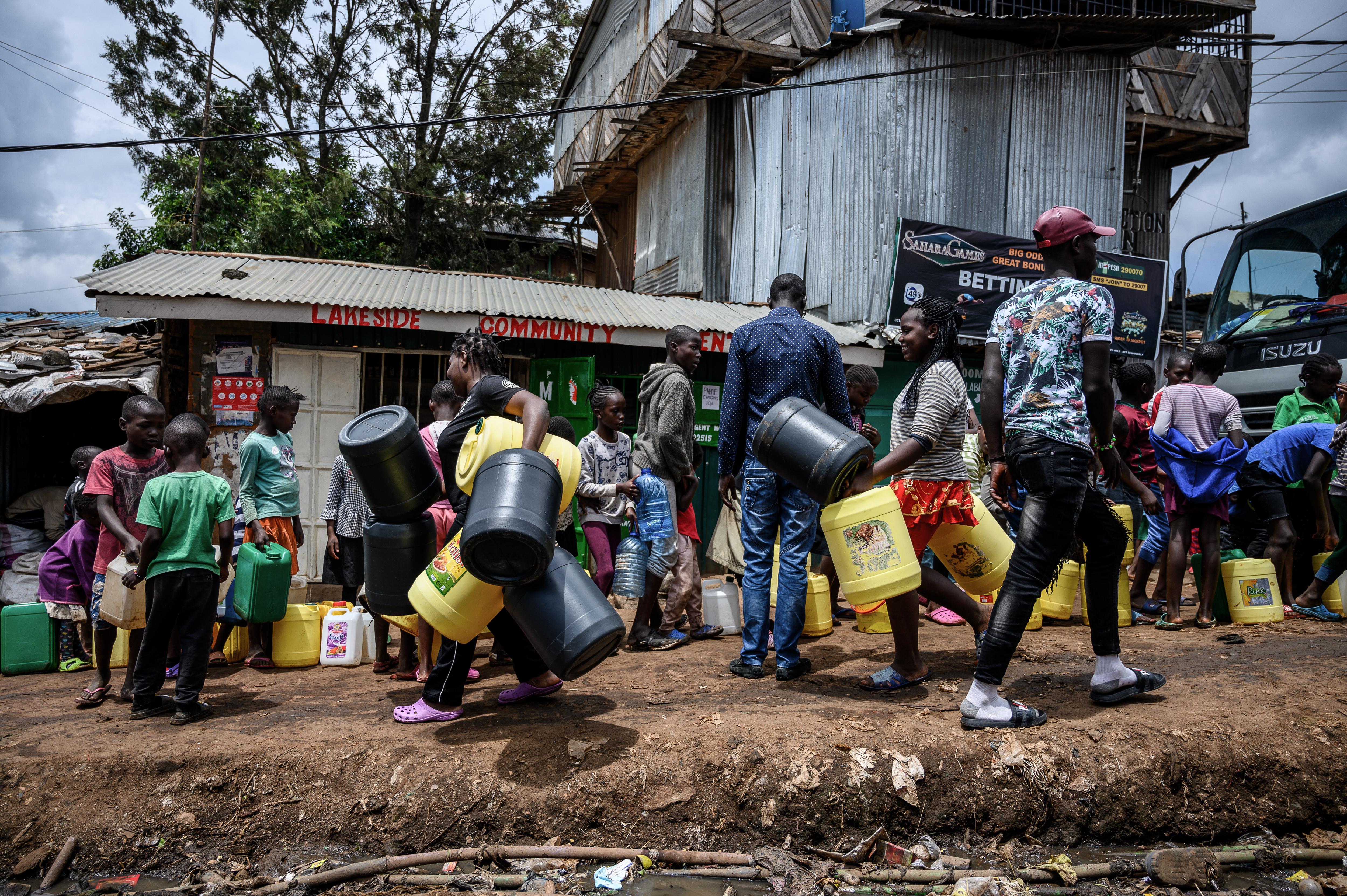 Oxfam: Félmilliárd ember süllyedhet szegénységbe
