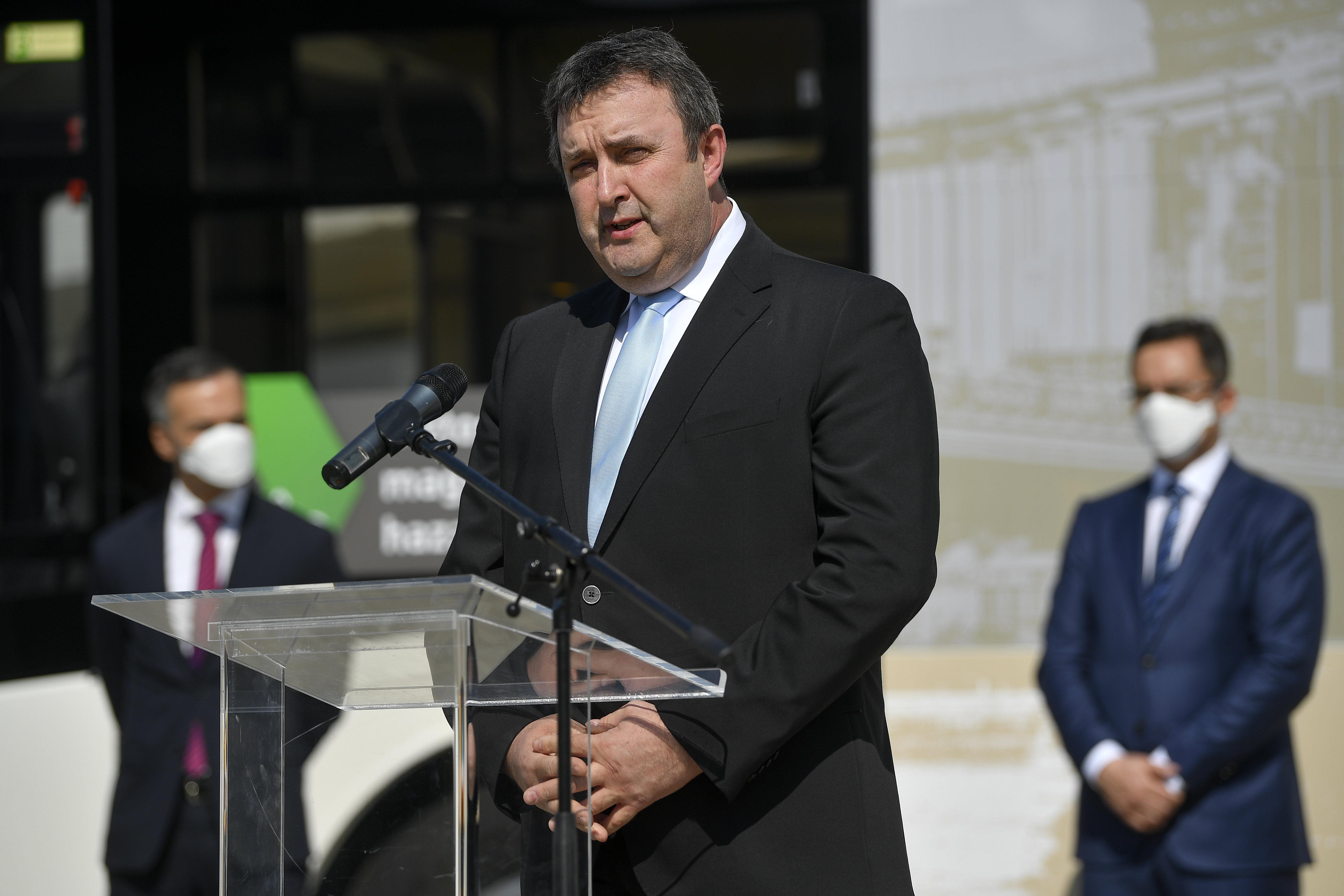 Palkovics: Nincs akkora probléma a gazdaságban, mint sokan mondják, gyors lesz a visszapattanás