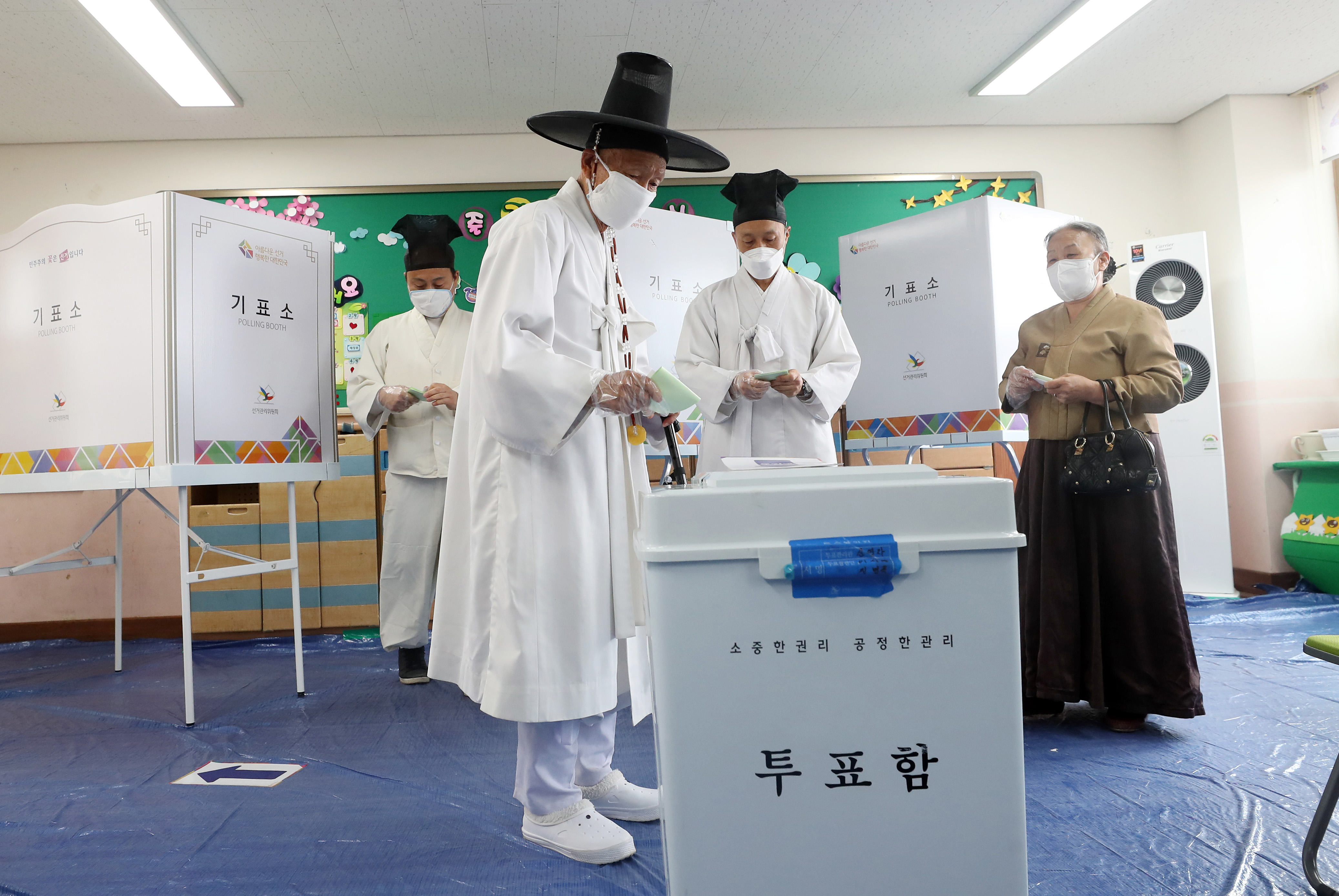 Így néznek ki a választások járvány idején