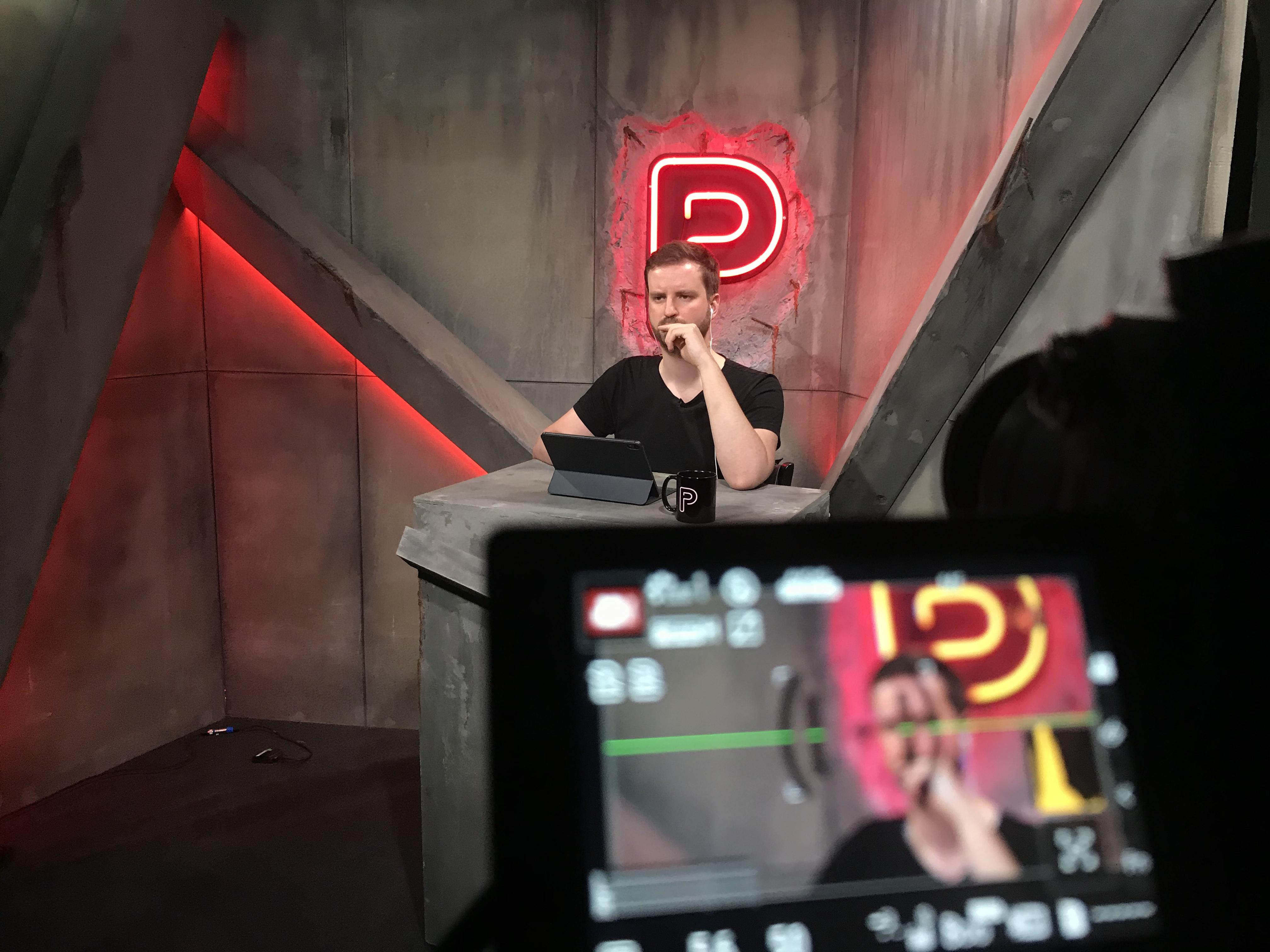 Nem tartják magukat újságírónak, mégis megcsinálták az első magyar online tévét