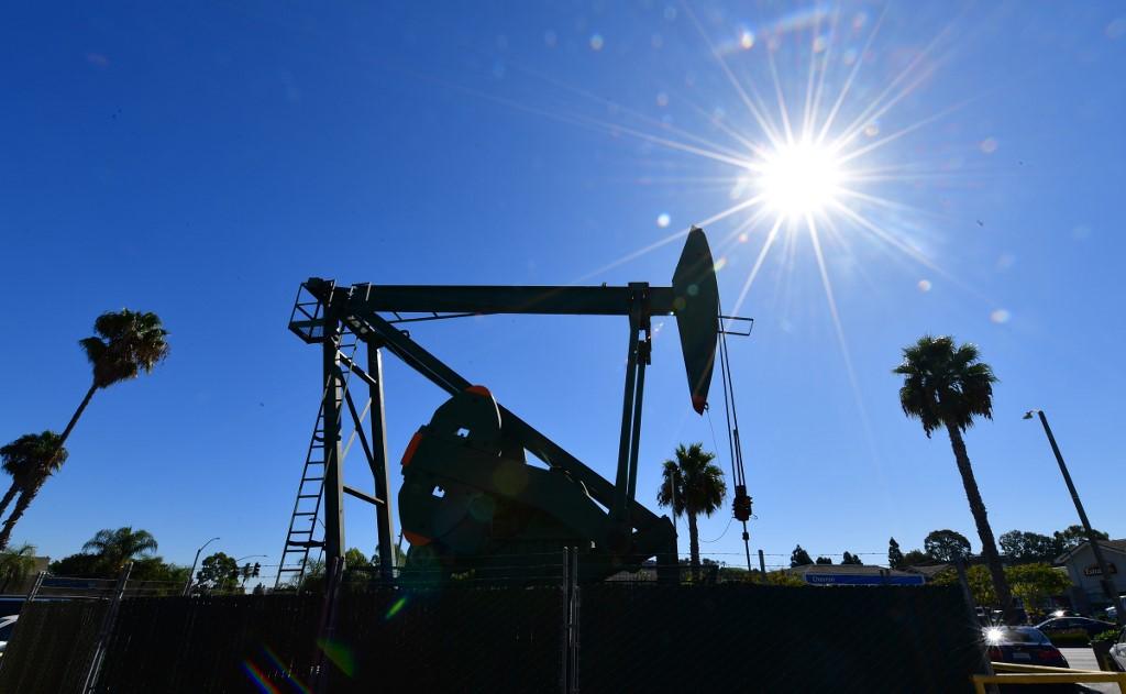 A vakcinasikerek hírére azonnal emelkedni kezdett az olaj ára