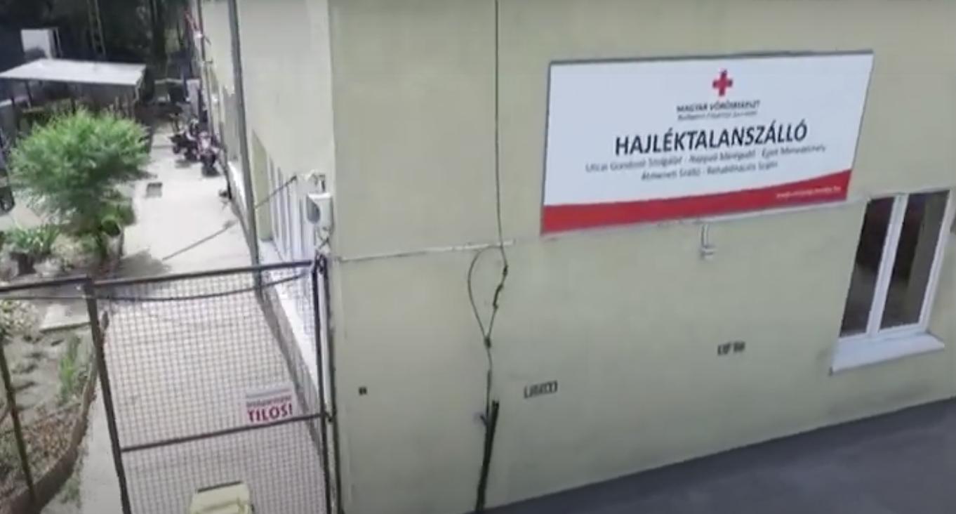 Kilenc koronavírus-beteget szállítottak kórházba a Madridi úti hajléktalanszállóról