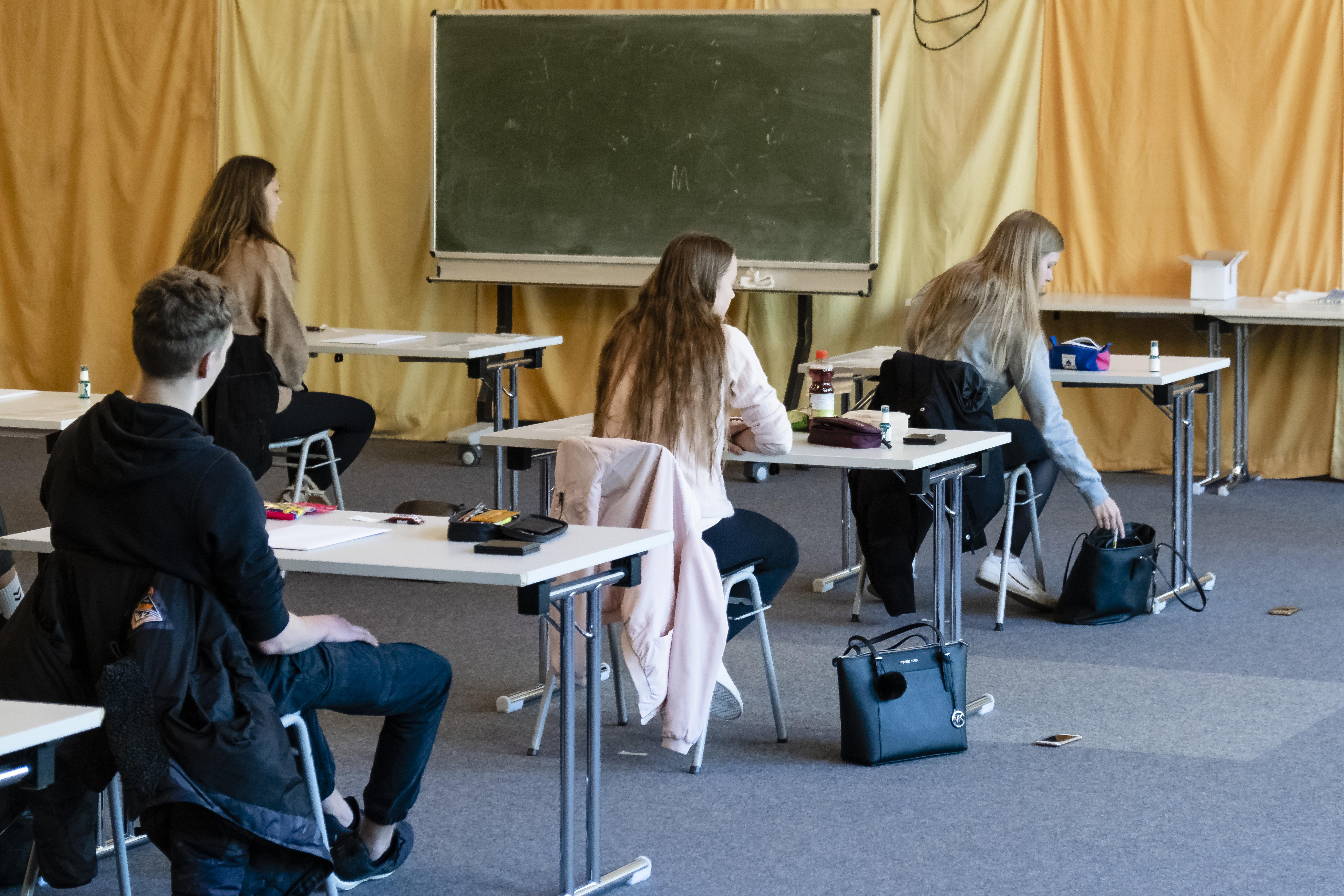 A Klebelsberg Központ vezetője szerint 30-35 ezer gyereket nem ér el a digitális oktatás
