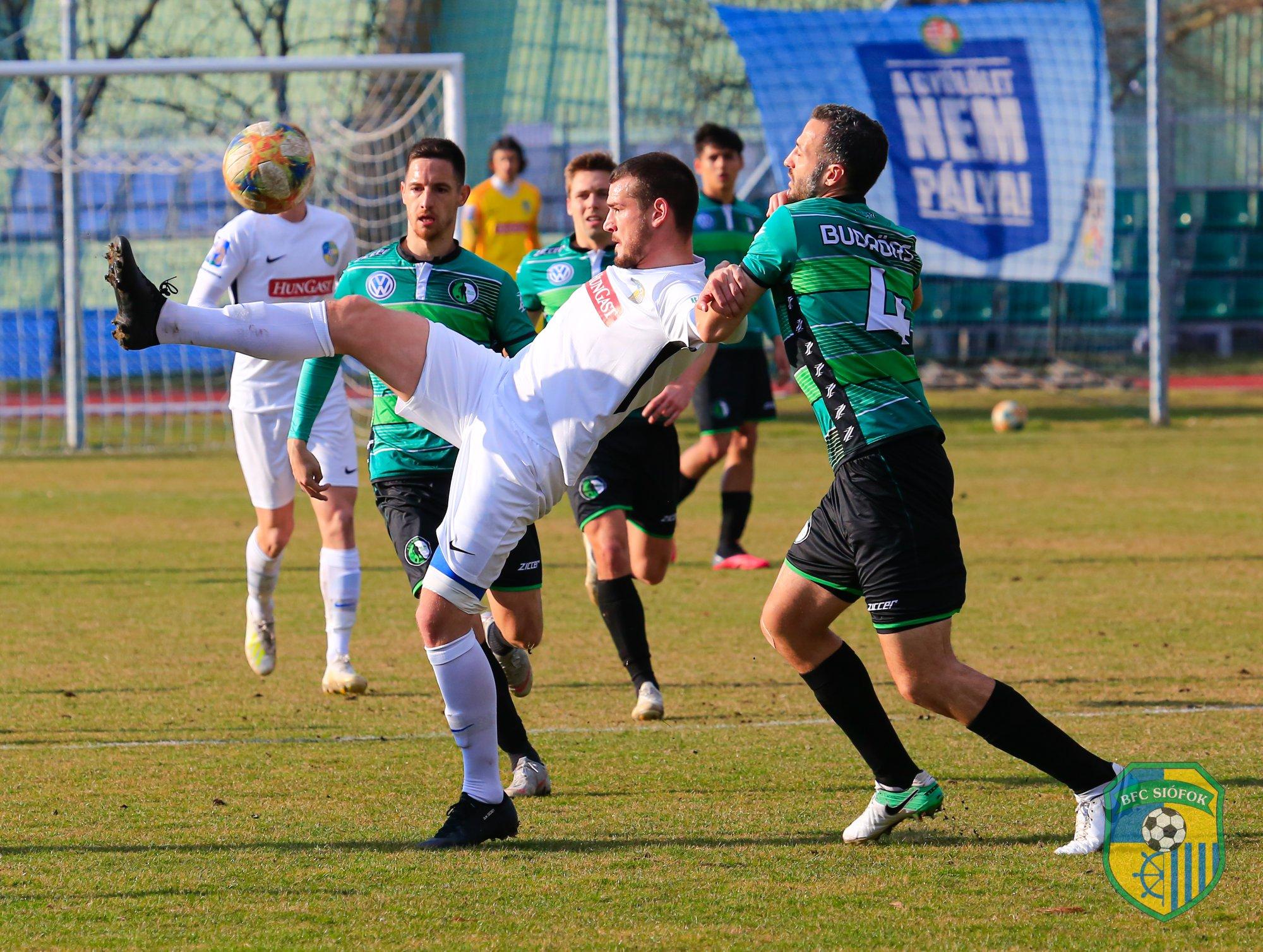 A siófoki NB II-es focisták továbbra sem mennek bele a bércsökkentésbe