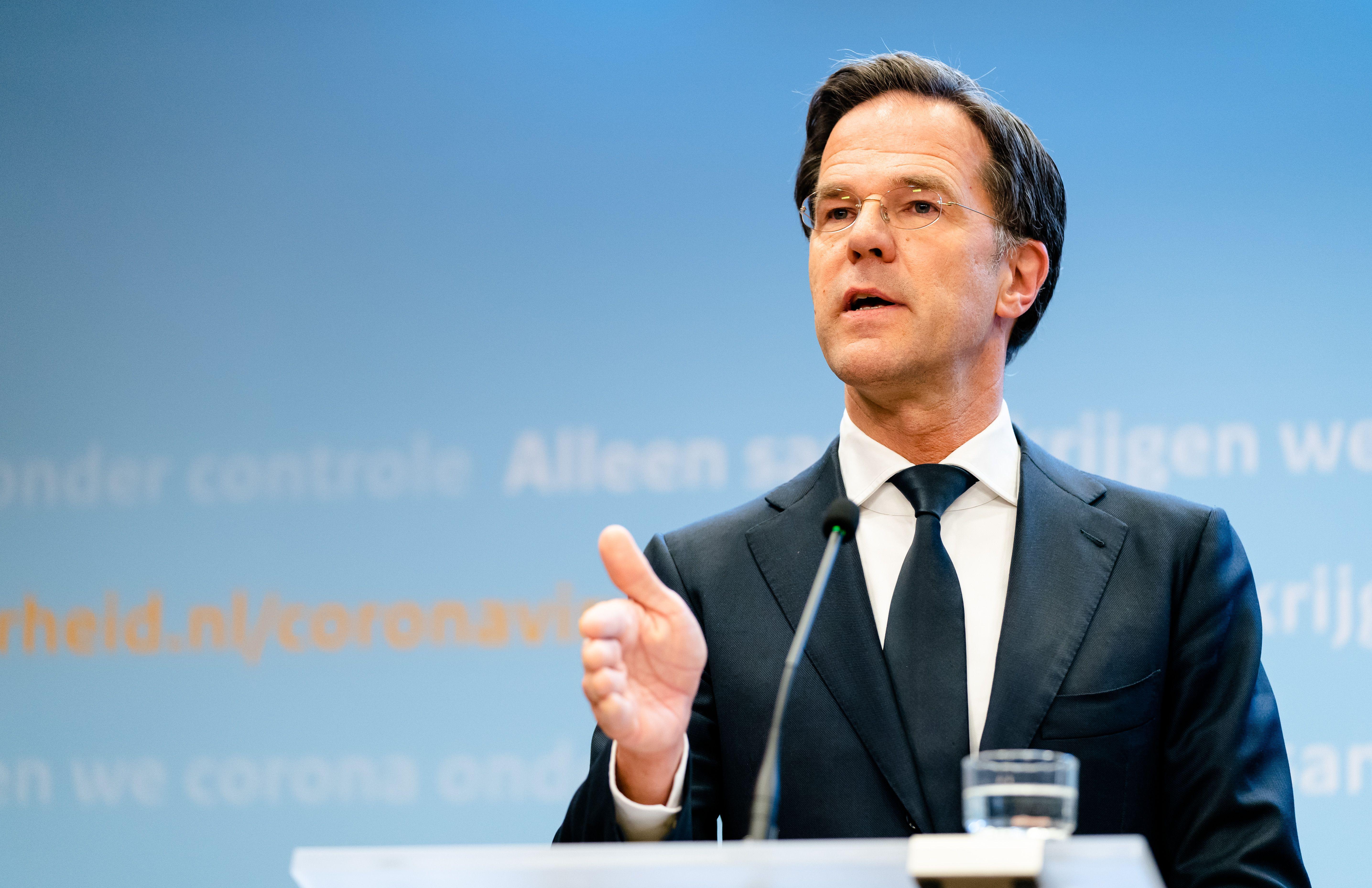 A holland kormány az iskolákat újranyitja május 11-én, de a focimeccseket és tömegrendezvényeket szeptemberig nem engedélyezi