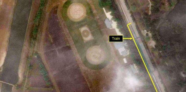 Kiszúrták az űrből Kim Dzsongun vonatát