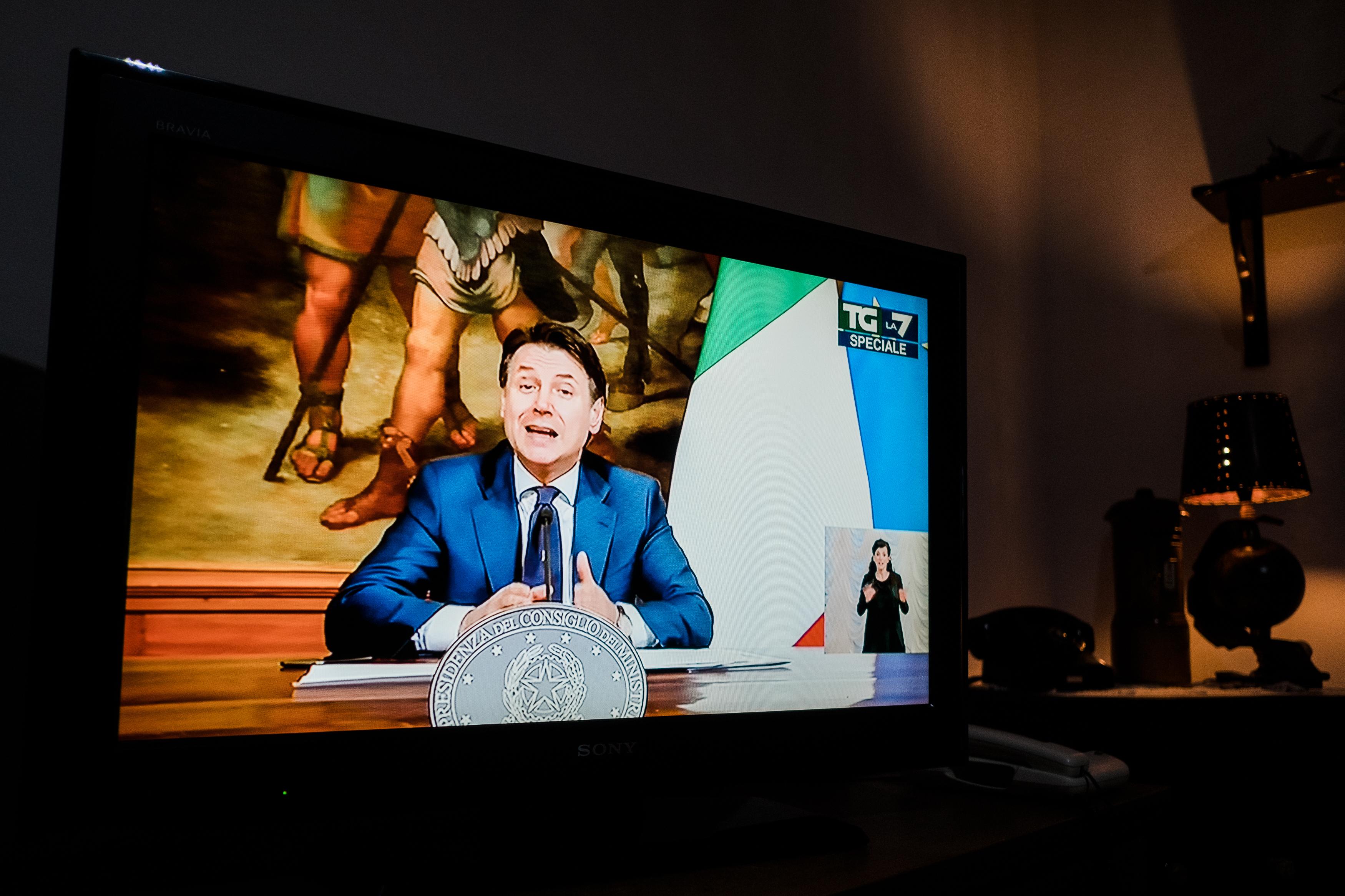 Az olasz miniszterelnök bejelentette a korlátozások fokozatos feloldását