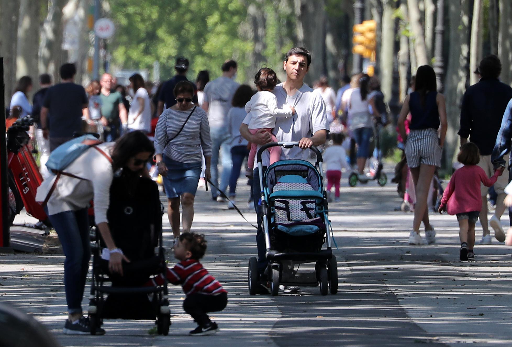 Még mindig nincs elég nevelőszülő, több mint 20 ezer gyerek él állami gondozásban