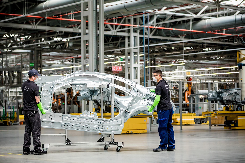 Globális chiphiány miatt állítják le újra a kecskeméti Mercedes-gyárat