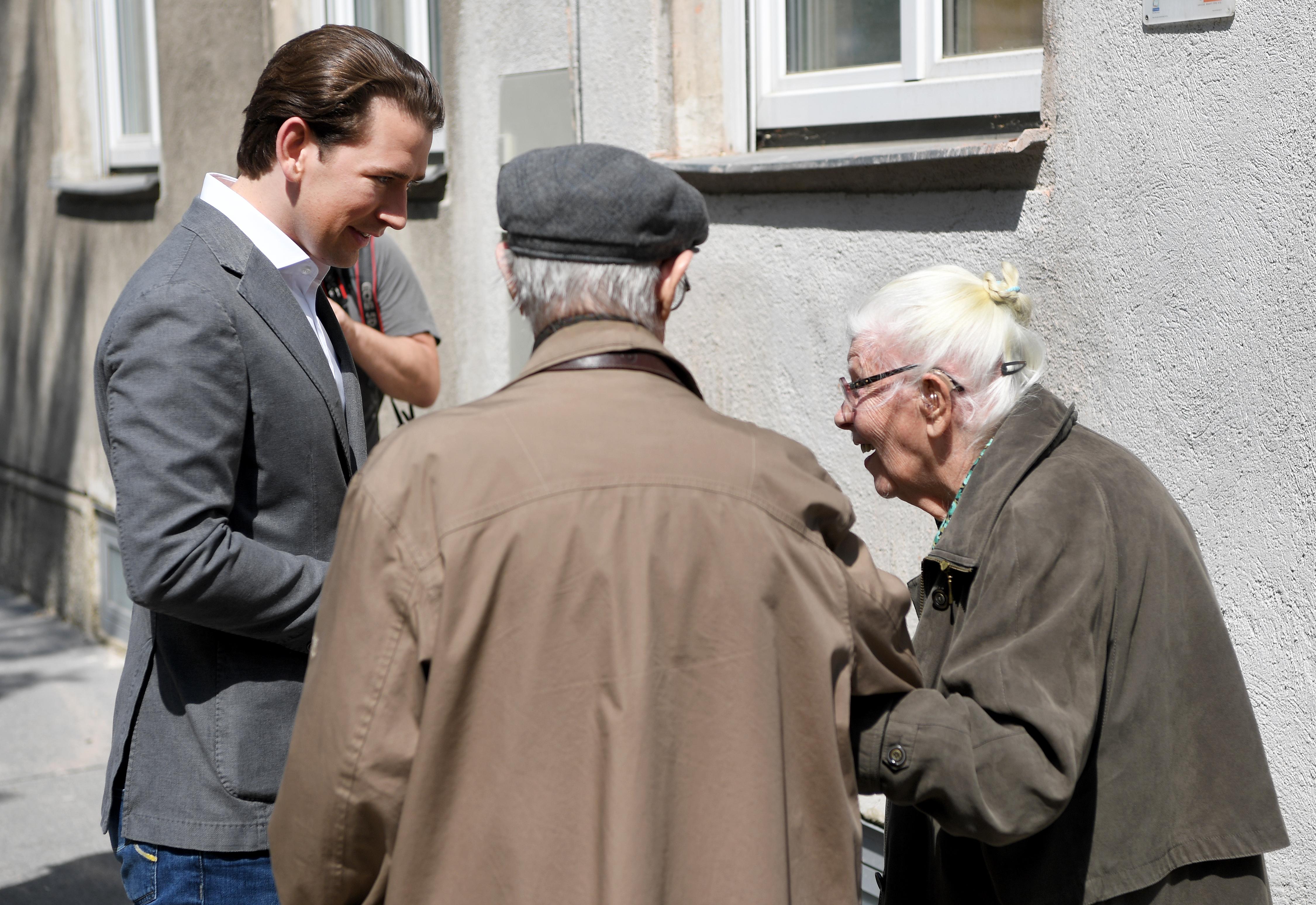 Bécsben újra látogathatóvá teszik az idősotthonokat