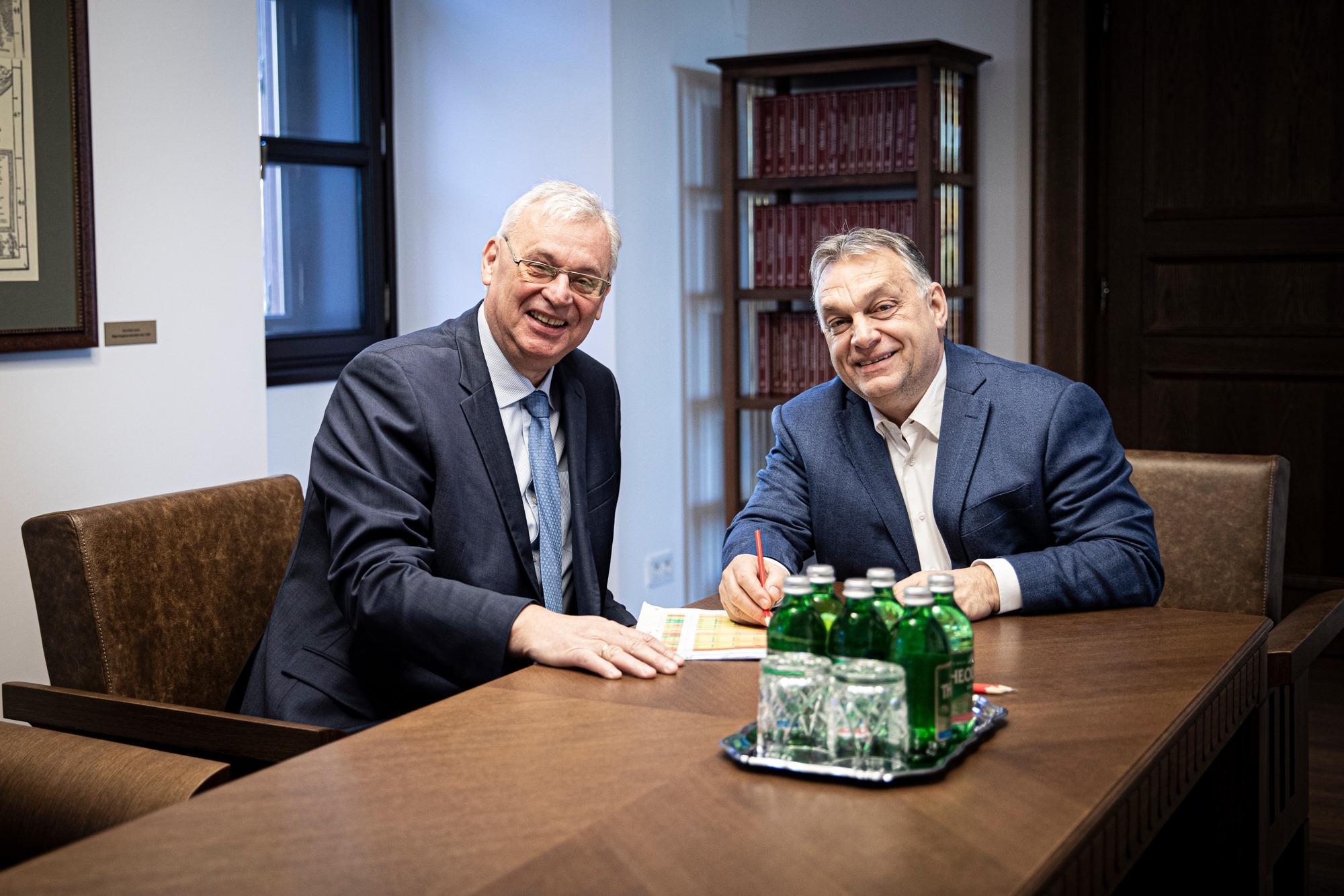 A legnagyobb Orbán-rajongó a parlamentben
