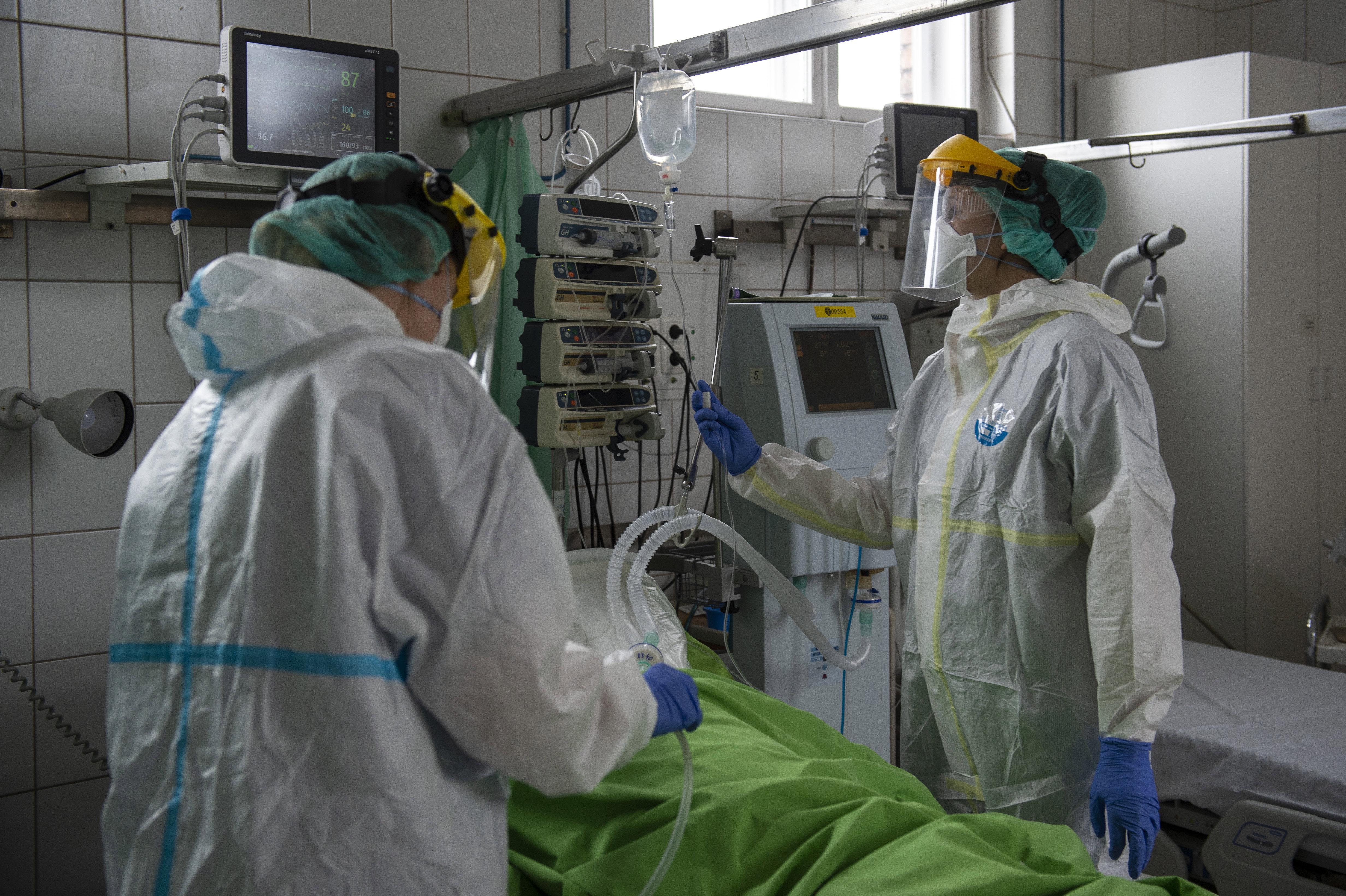91 kórházat kérdeztek, eddig egy árulta el, hány műtétet kellett elhalasztania