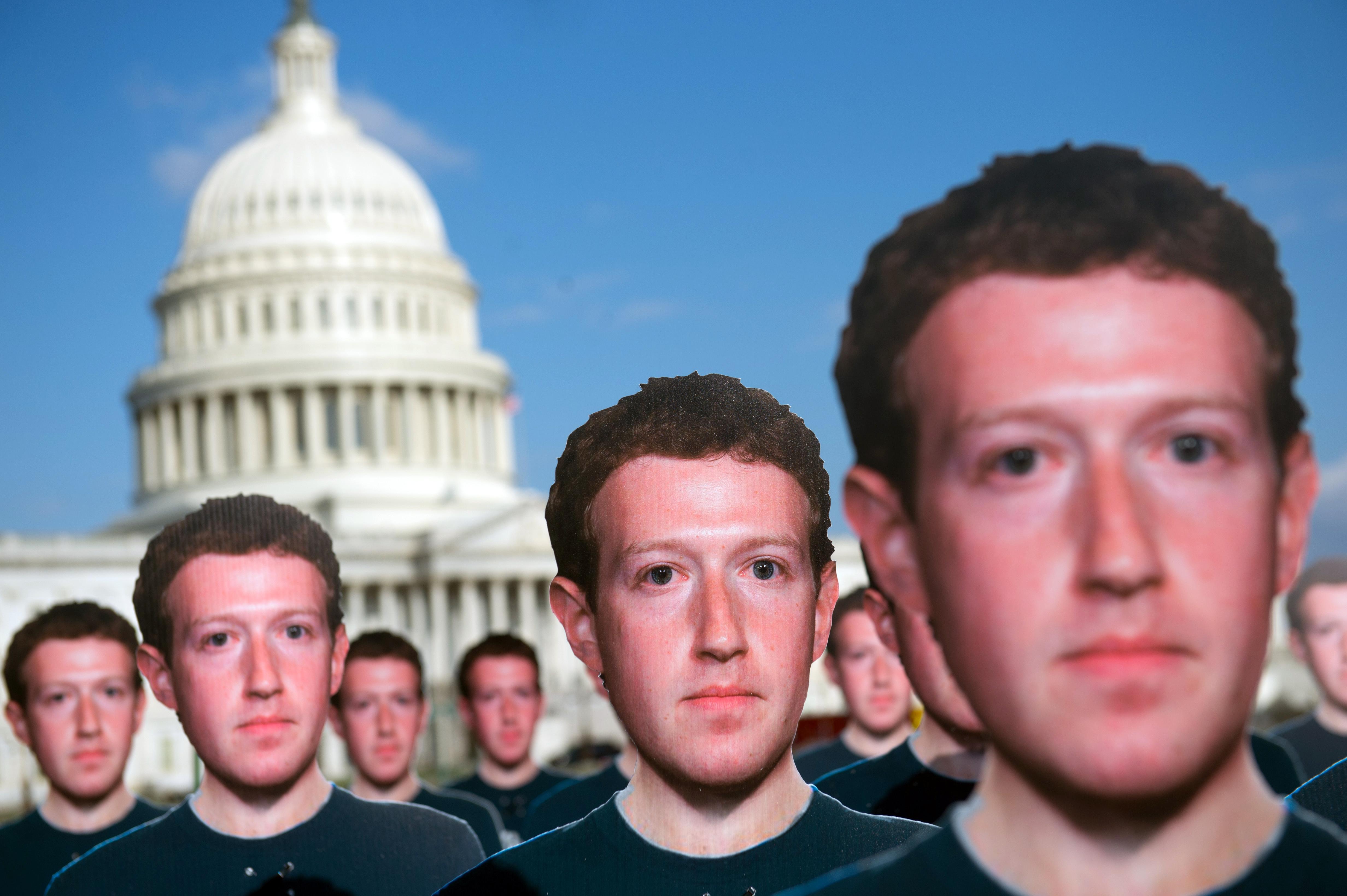 Kikapcsolhatók lesznek a Facebookon a politikai hirdetések