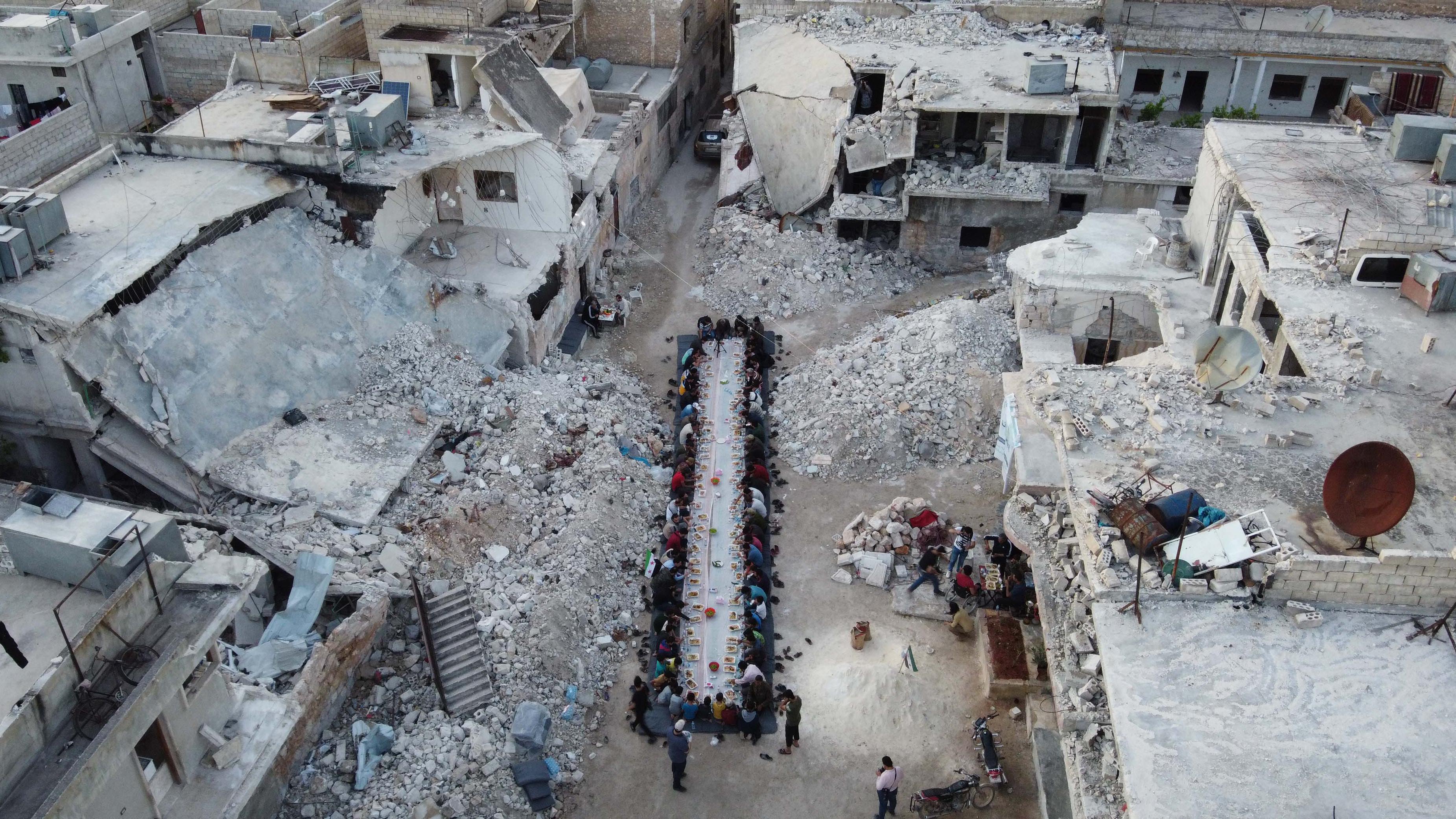 A koronavírus árnyékában Szíriában elkezdtek civileket mészárolni