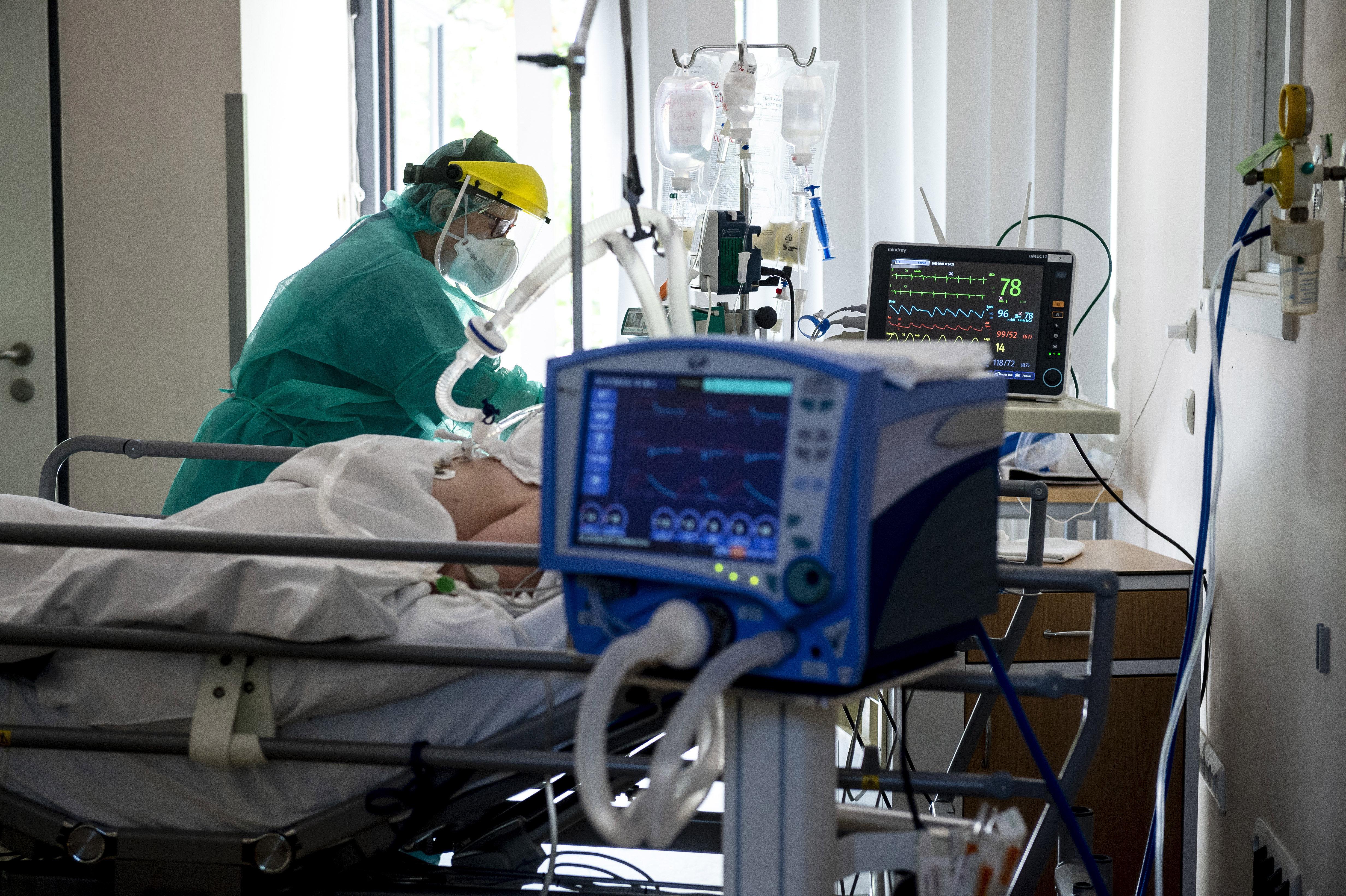 Operatív Törzs: Küszöbön az egészségügyi dolgozók utazási korlátozásainak feloldása