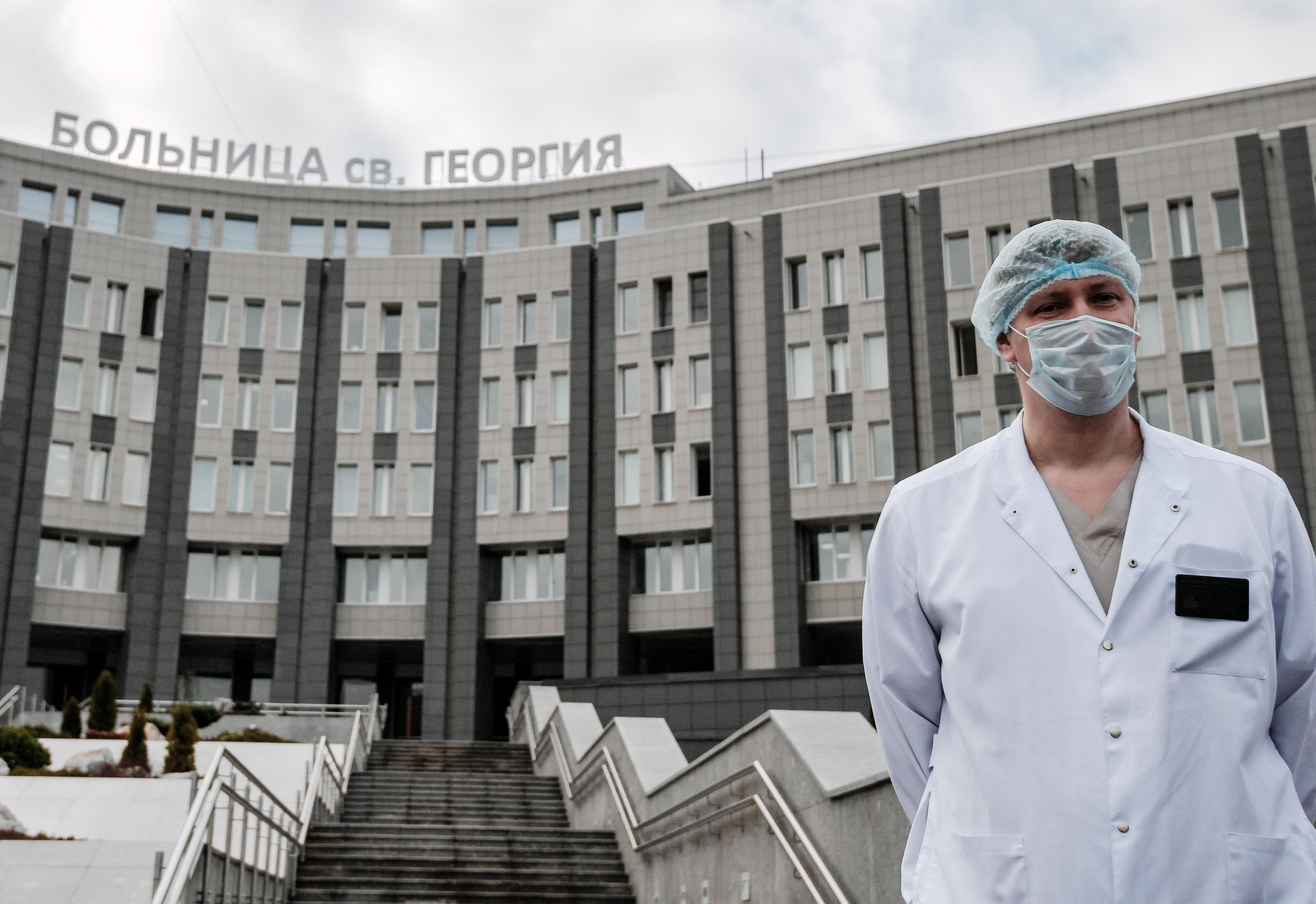Öten meghalhattak egy kigyulladt lélegeztetőgép miatt a szentpétervári COVID-kórházban