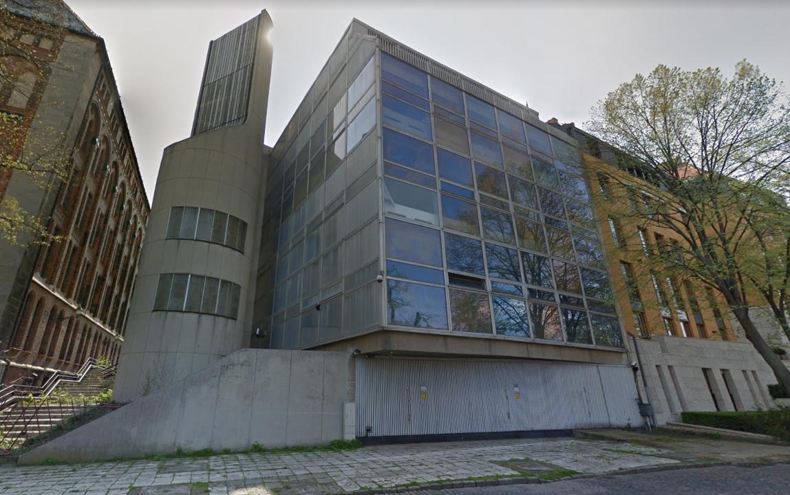 Ez az épület kulcsemlék lehetne, de szó nélkül dobjuk ki a kukába