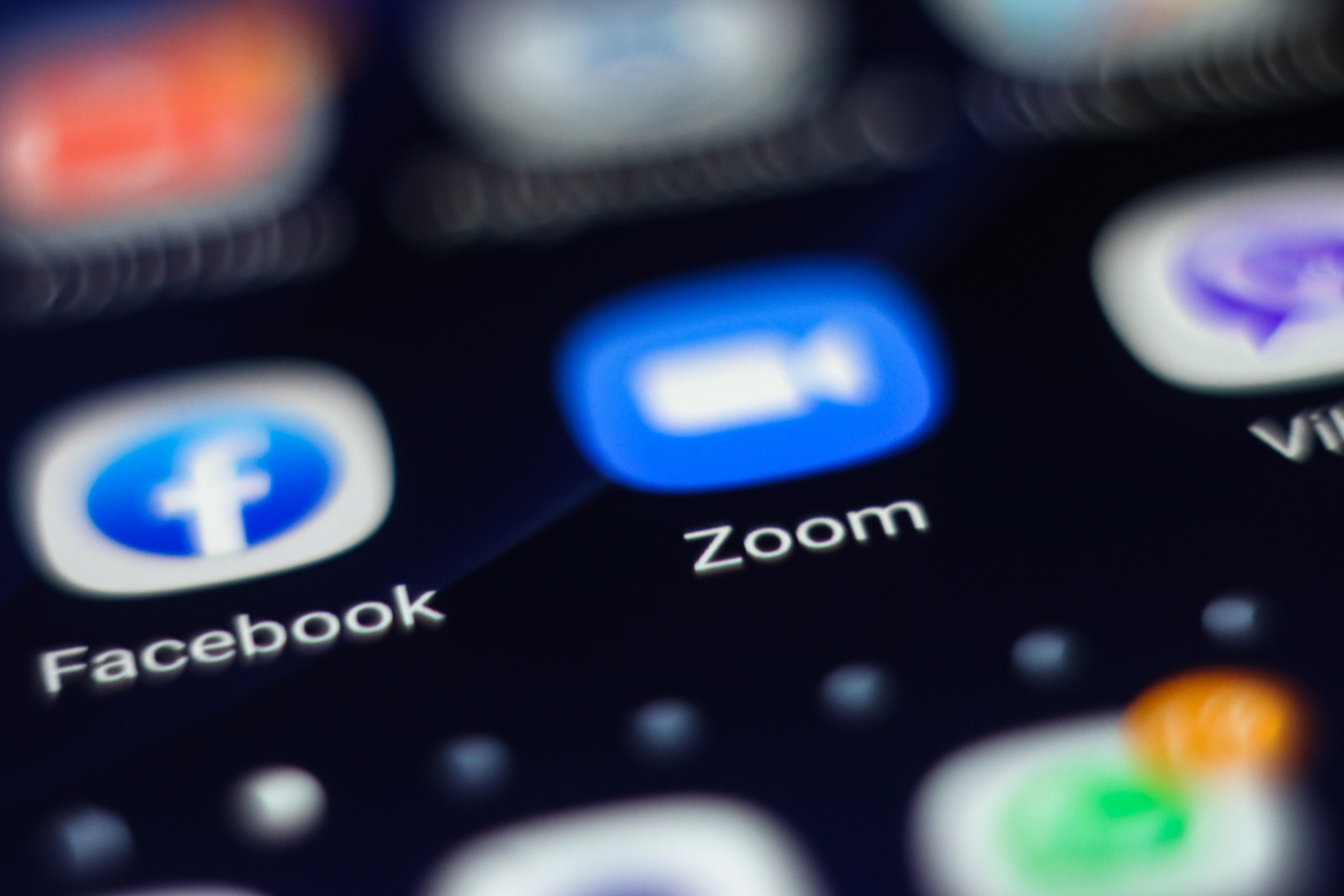 A Zoom letiltotta egy amerikai jogvédő szervezet fiókját, mert a Tienanmen téri mészárlásról videokonferenciáztak