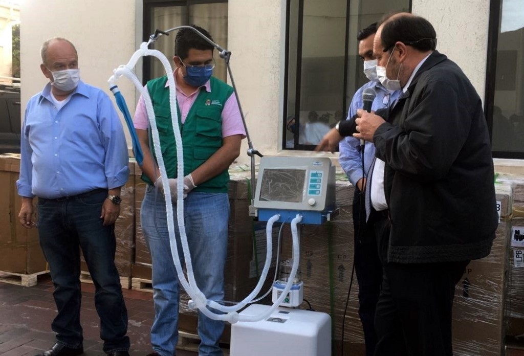 A túlárazva vett lélegeztetőgépek miatt leváltották és őrizetbe vették a bolíviai egészségügyi minisztert