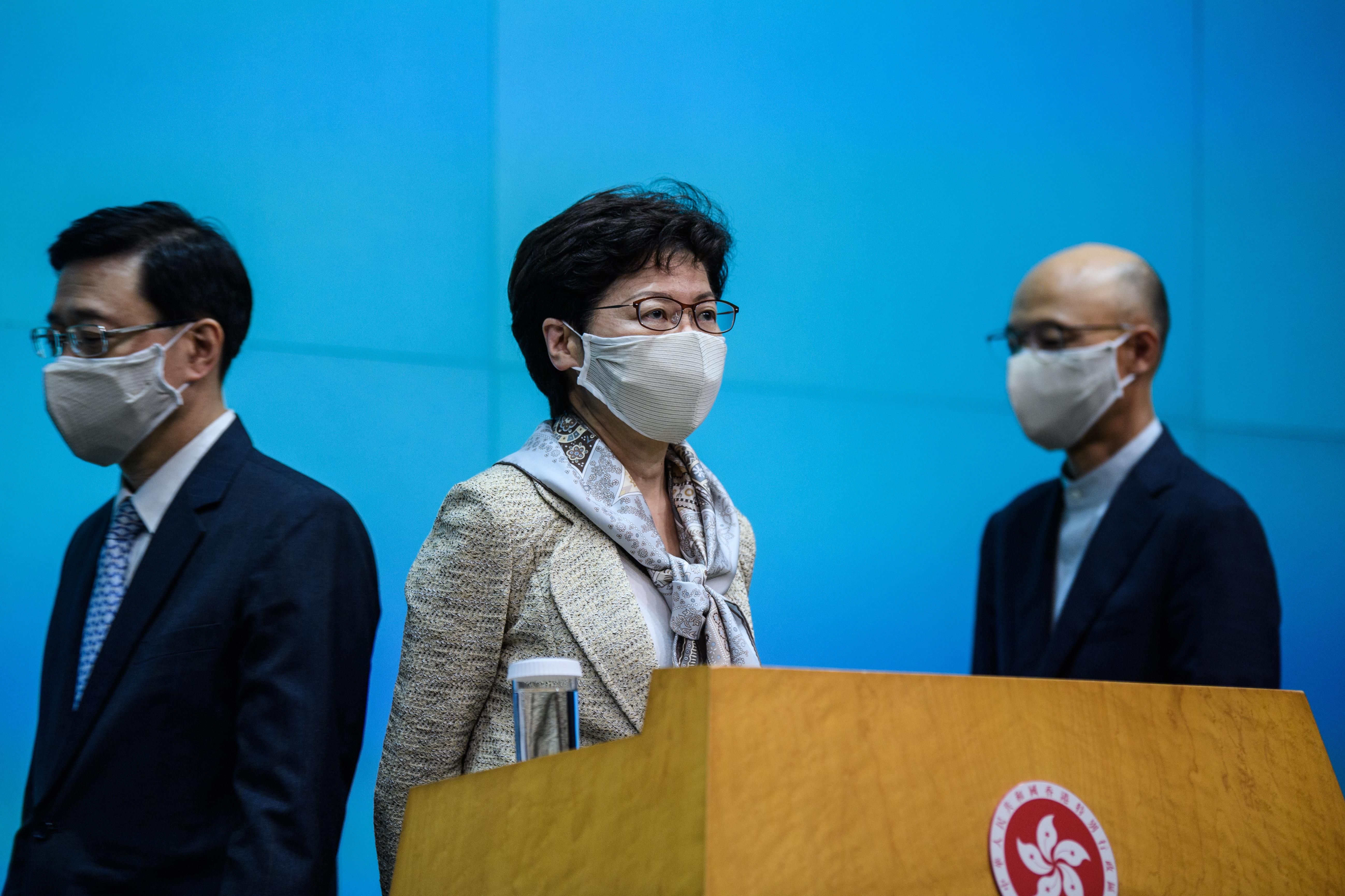 Hongkong vezetője tagadja, hogy az új kínai törvény korlátozná a városban élők jogait