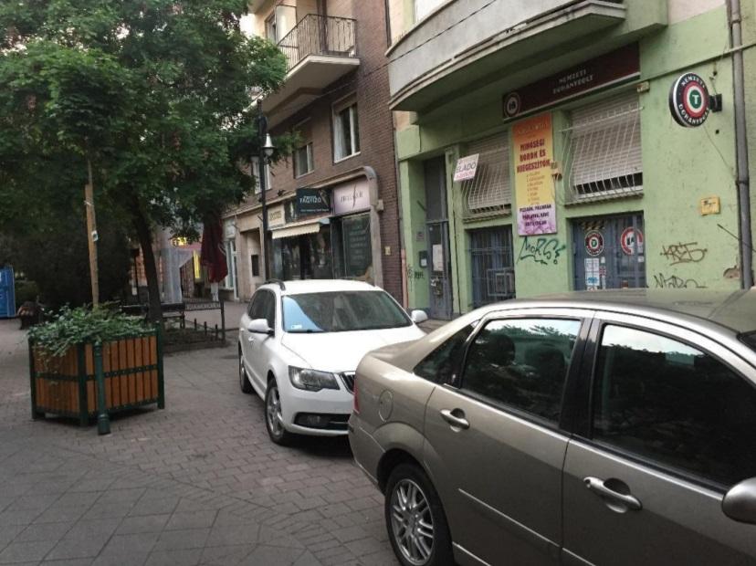Levegő Munkacsoport: Túl nagy árat fizetünk az ingyenes parkolásért