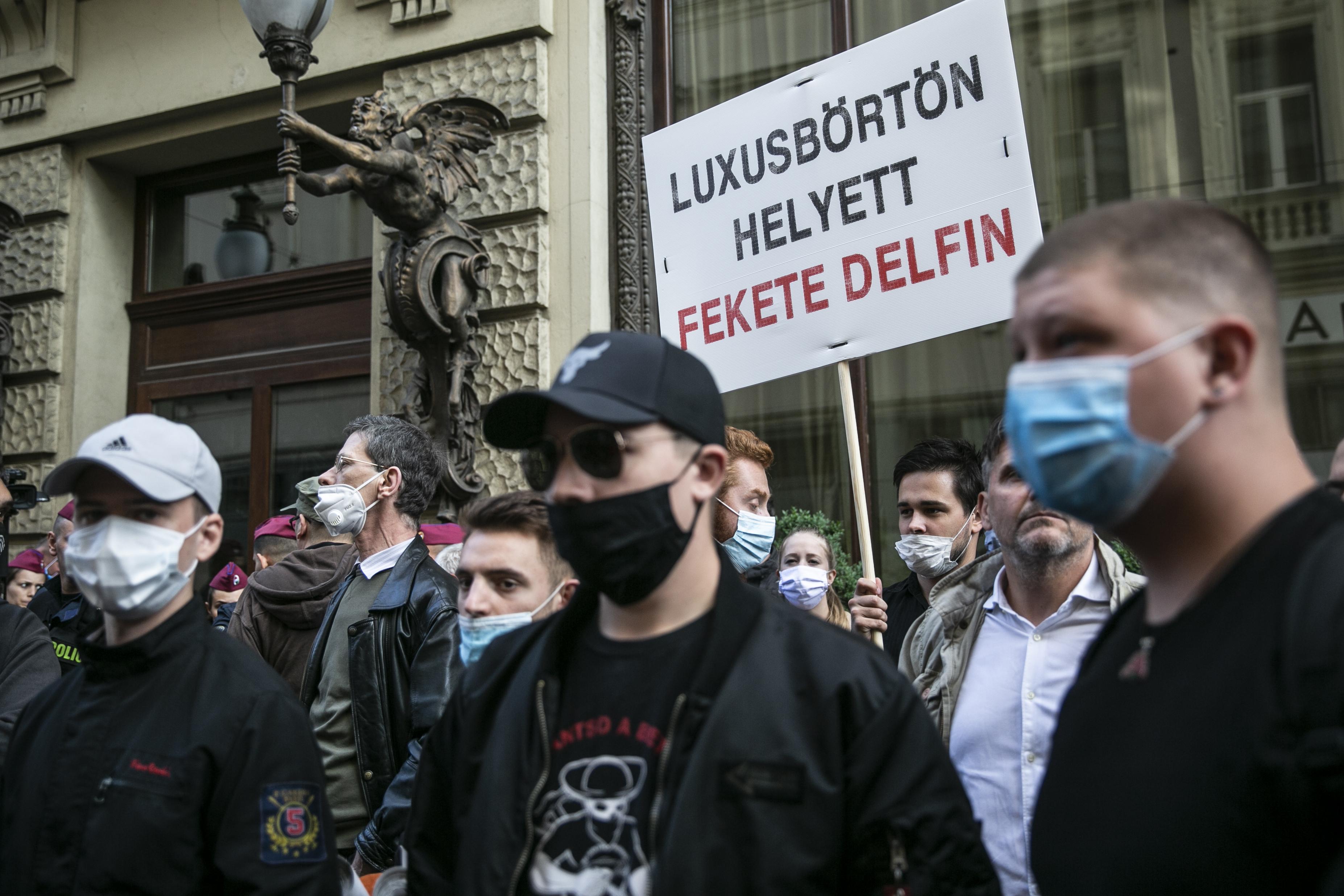 Szél: Az elmaradt rendőri fellépés mutatja, hogy a kormány egyre leplezetlenebbül politizál a rendőrségen keresztül