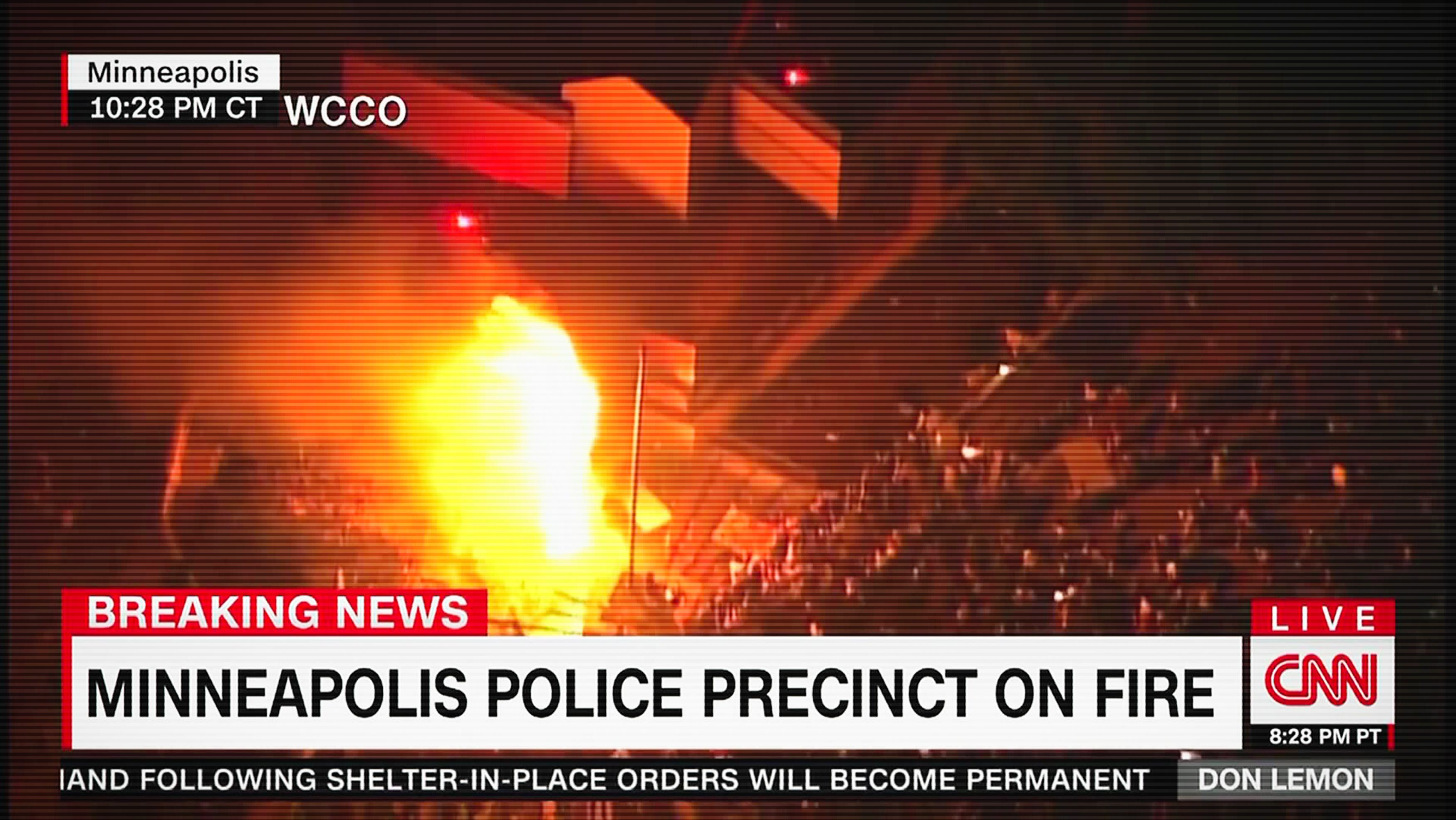 Egyre súlyosabb a helyzet Minneapolisban, lángokban áll egy rendőrőrs