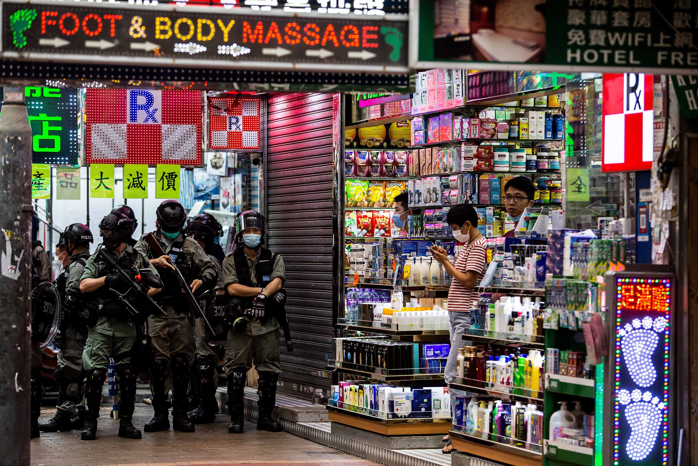 Hongkongban mostantól forródróton lehet jelenteni azokat, akik megsértették az új nemzetbiztonsági törvényt