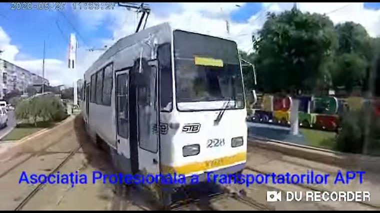 Két villamos ütközött Bukarestben