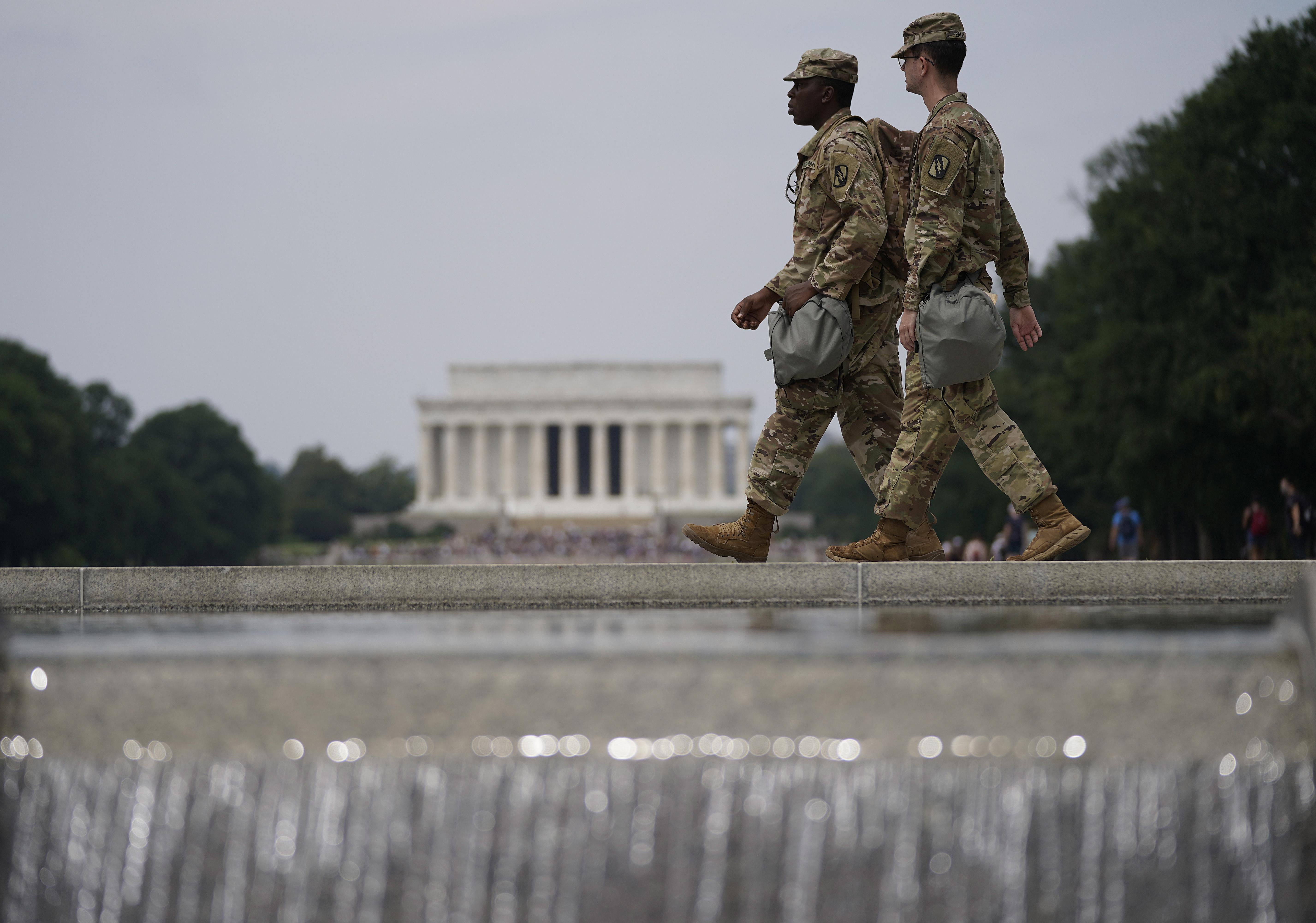 A Pentagon lefegyverezte a Washingtonban állomásozó Nemzeti Gárda tagjait