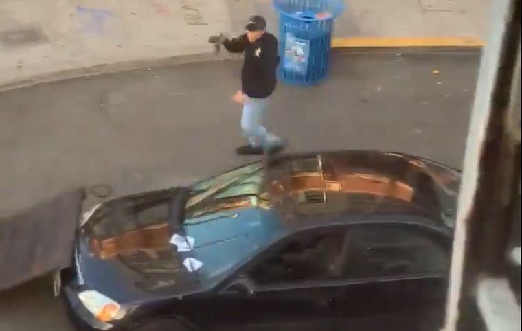 A tüntetők közé hajtott és egyet meg is lőtt egy férfi Seattle-ben