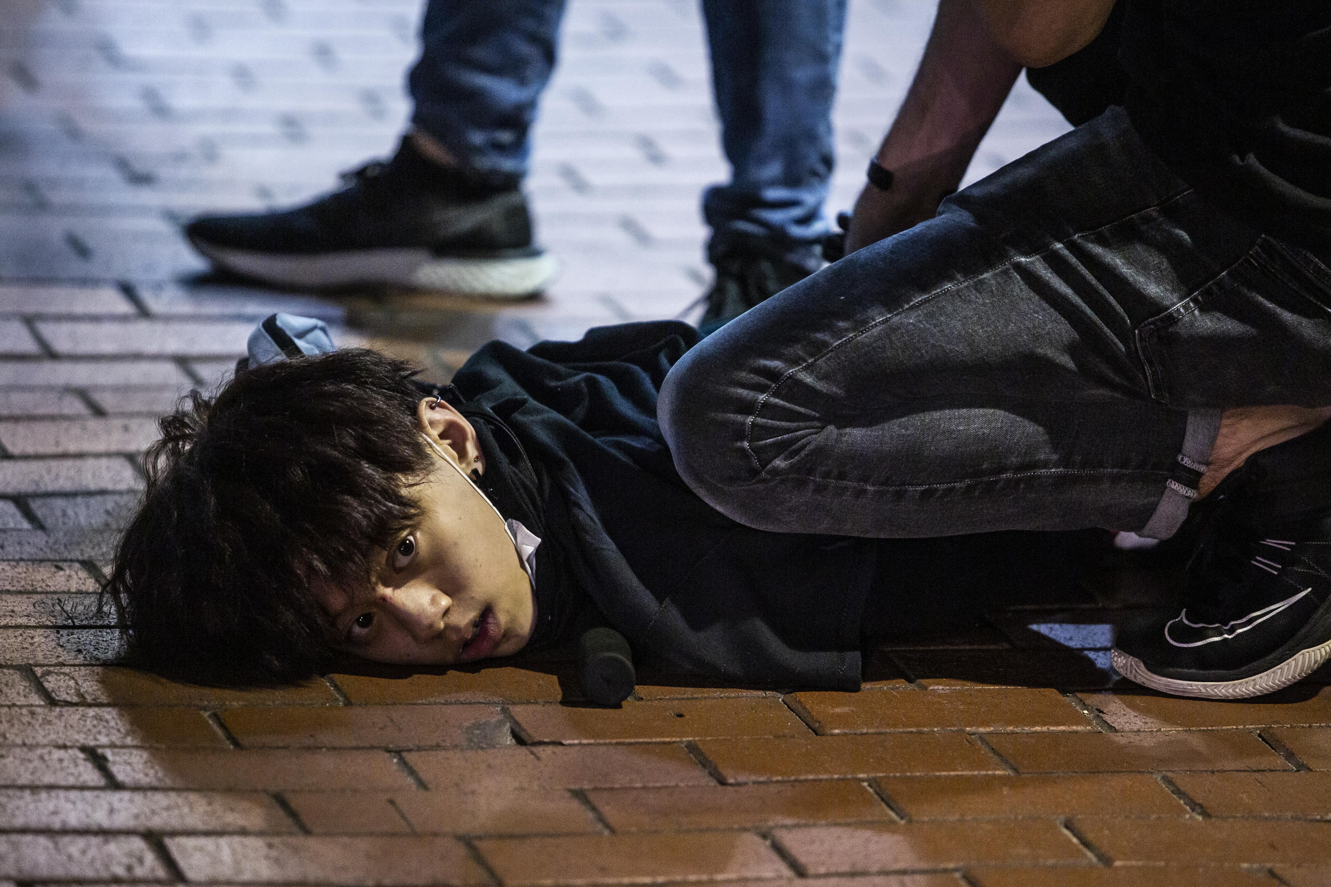 Rossz, rosszabb és legrosszabb forgatókönyvek várnak Hongkongra