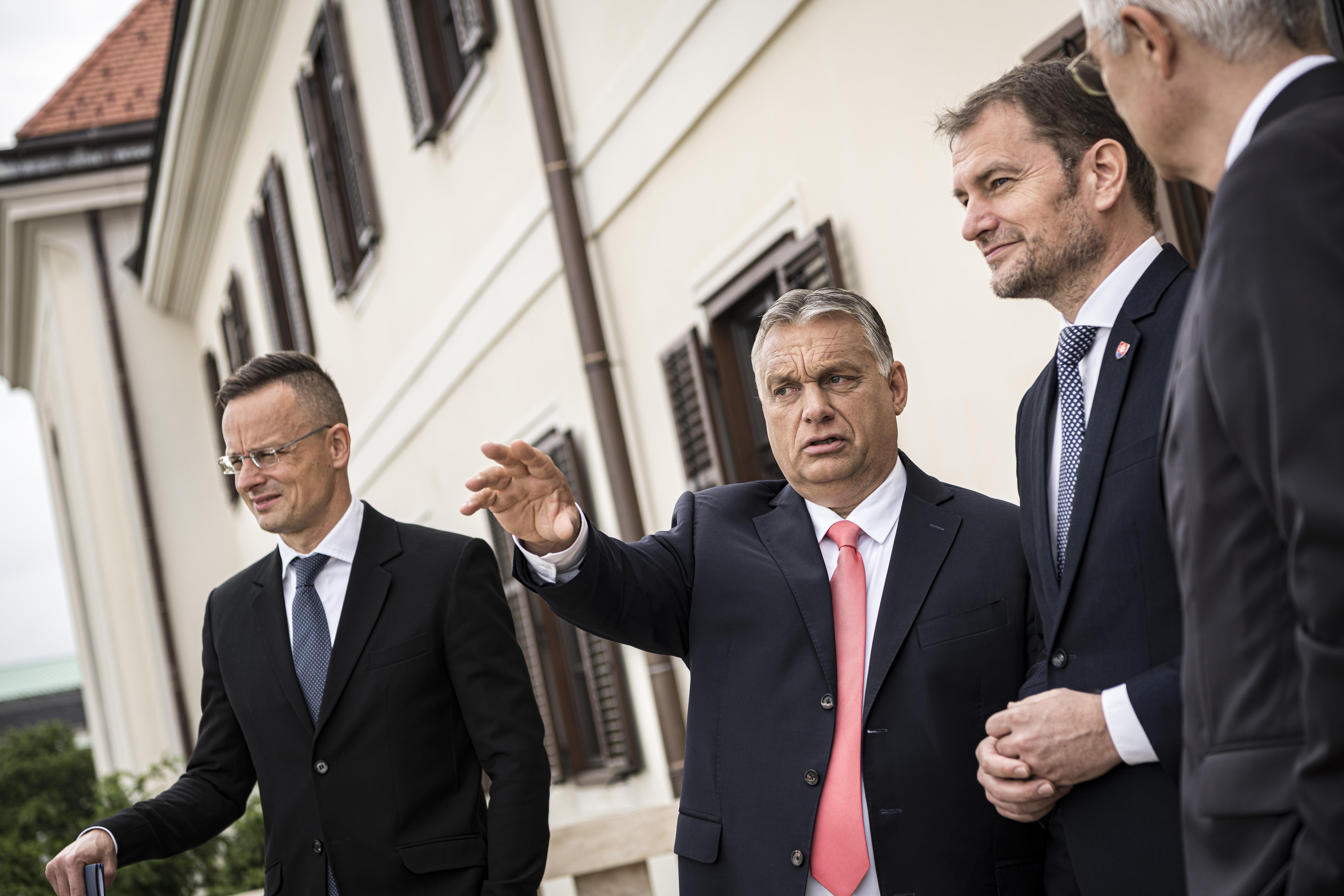 Orbán Viktor szerint a nemzetközi bíróságok gyakran részei a háttérhatalmi szervezkedéseknek
